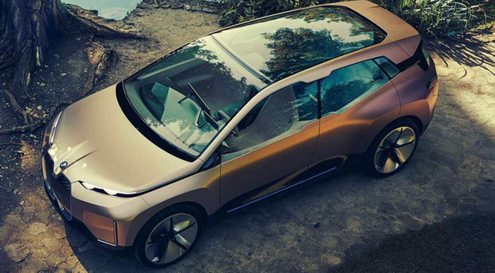 BMW Vision iNEXT Concept leaked photos (7)