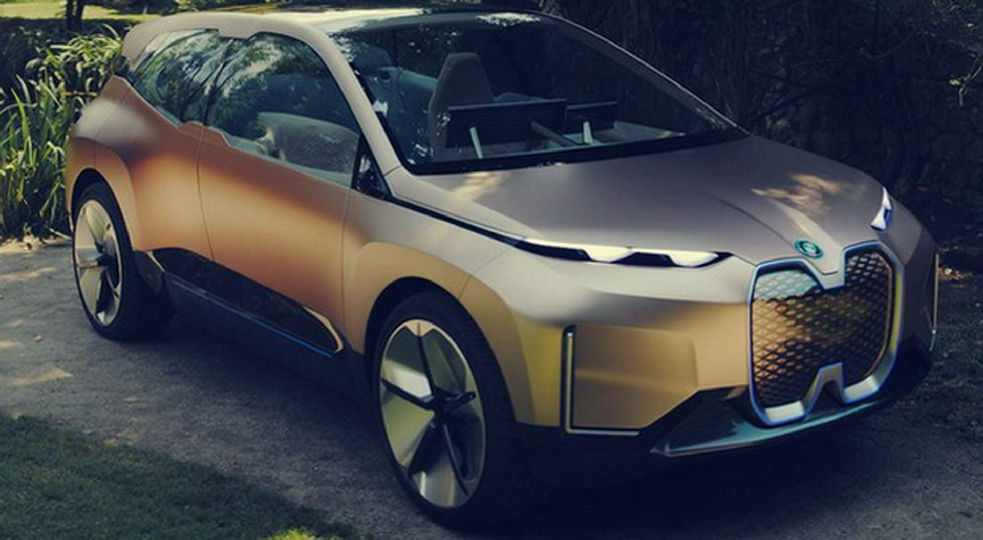 BMW Vision iNEXT Concept leaked photos (8)