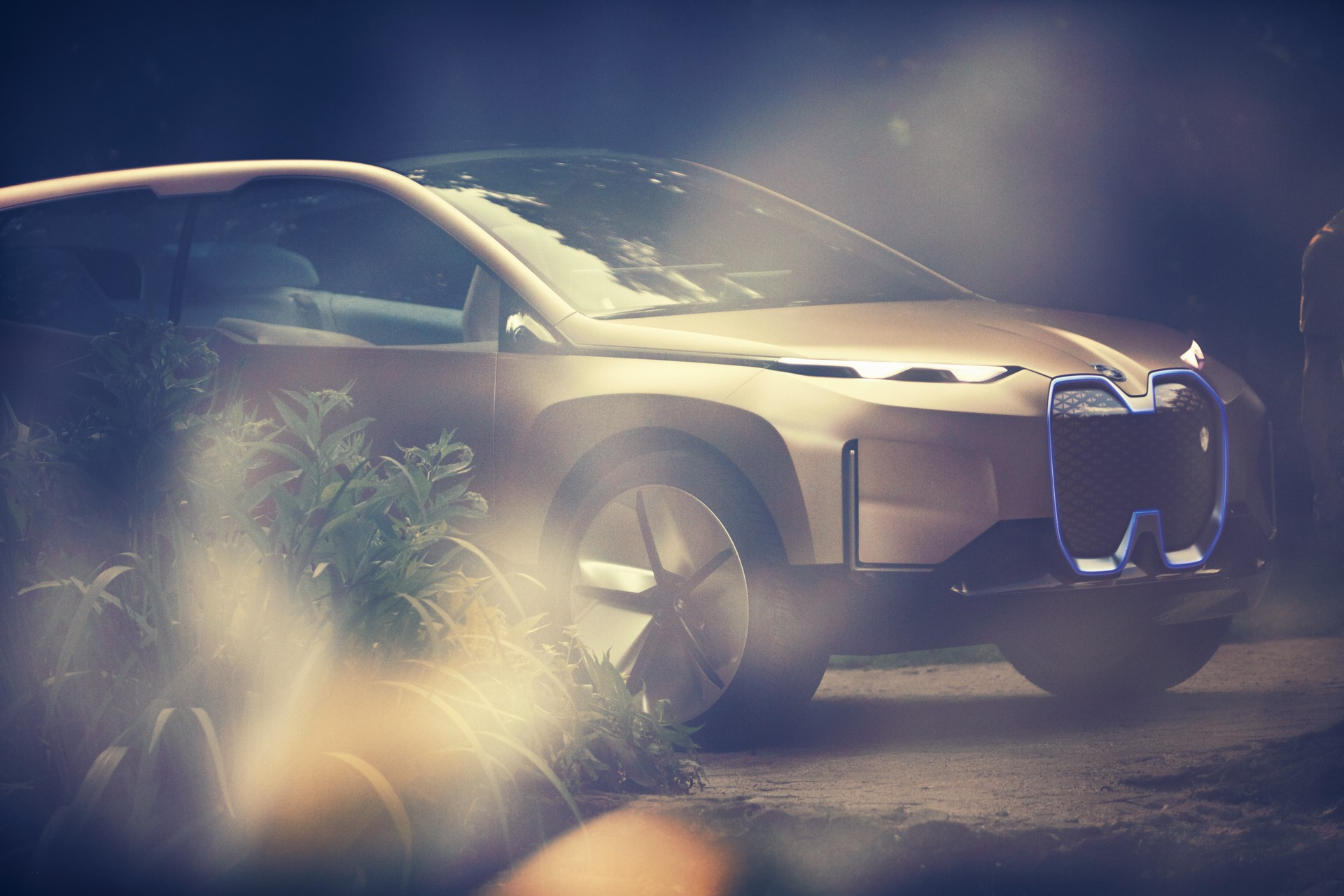 BMW Vision iNext Concept (12)