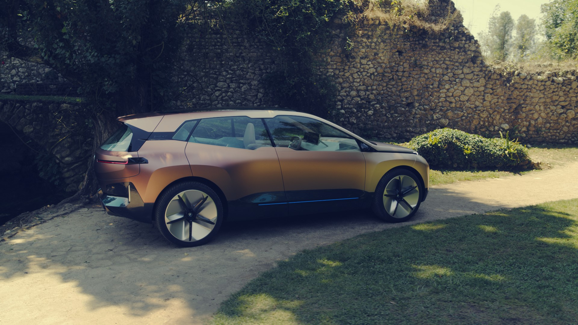 BMW Vision iNext Concept (18)