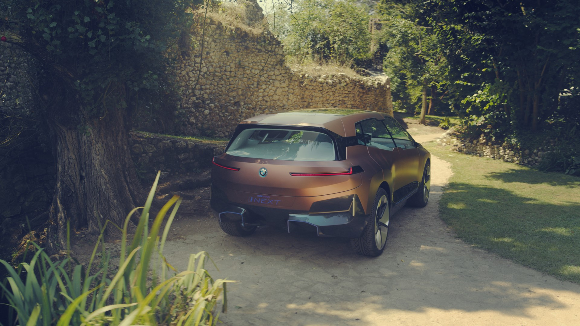 BMW Vision iNext Concept (19)