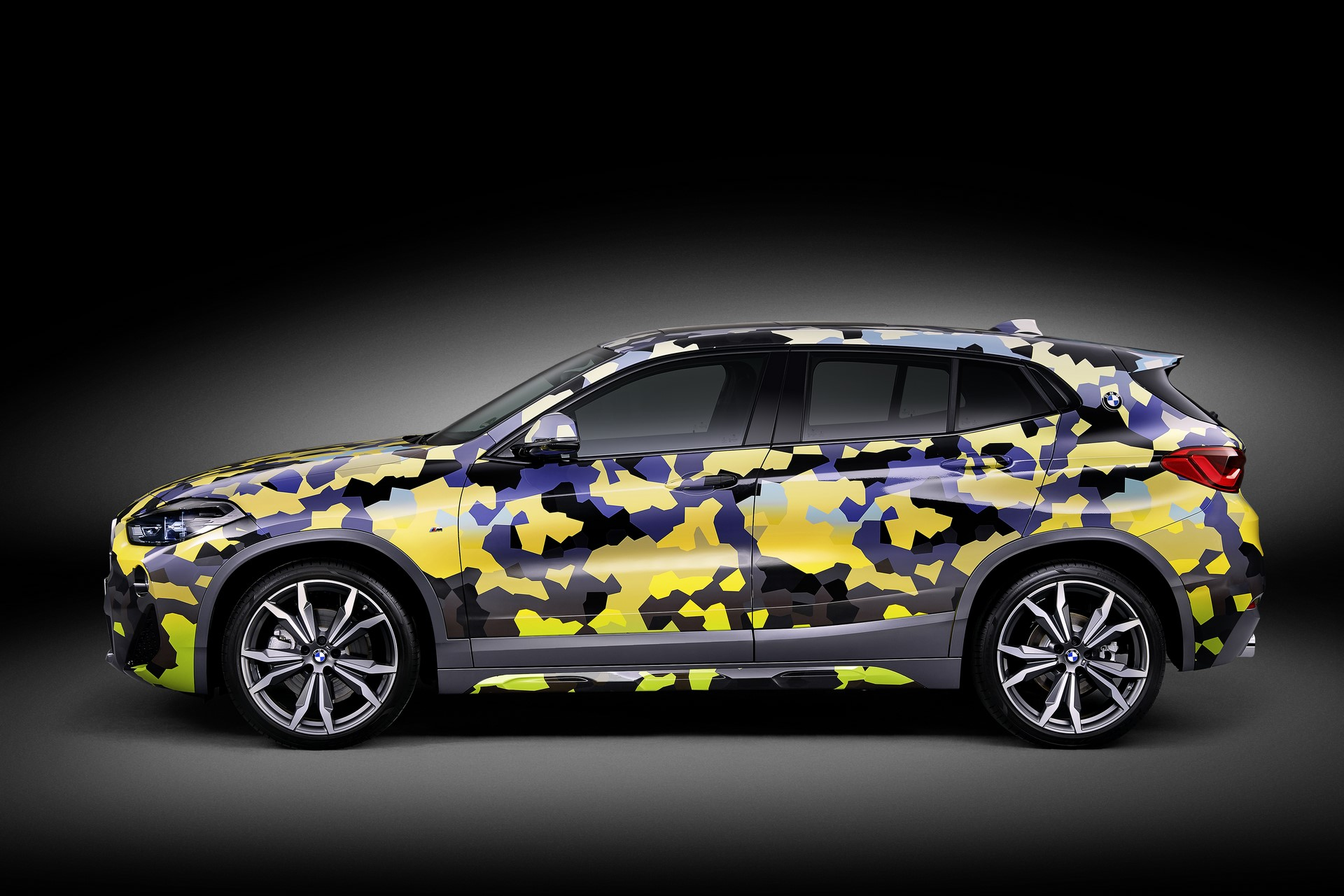BMW X2 Digital Camo (5)