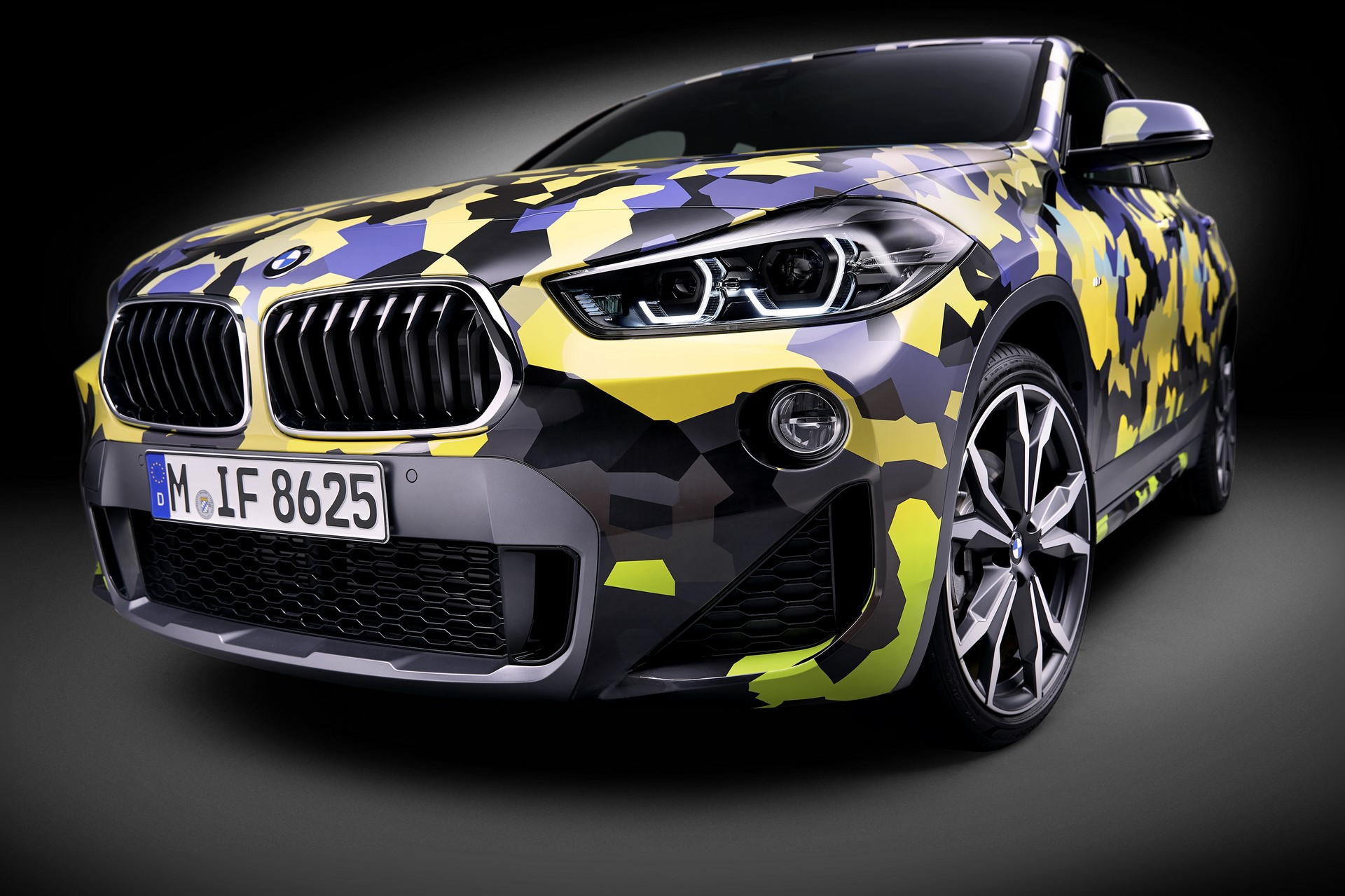 BMW X2 Digital Camo (6)