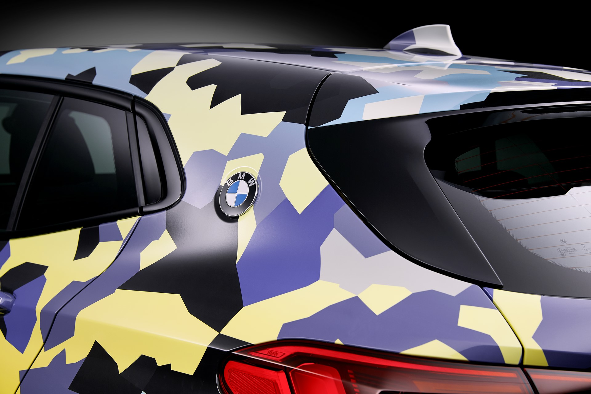 BMW X2 Digital Camo (9)