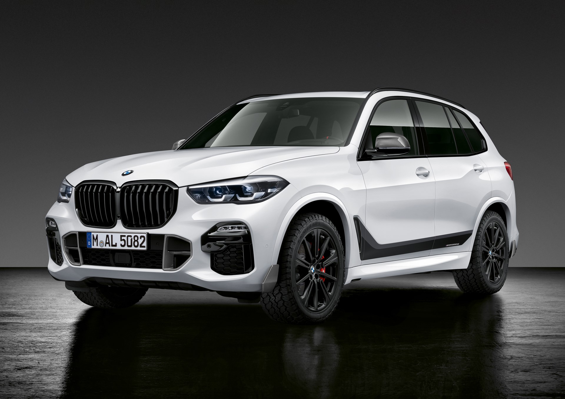 BMW X5 with M Performance parts (3)