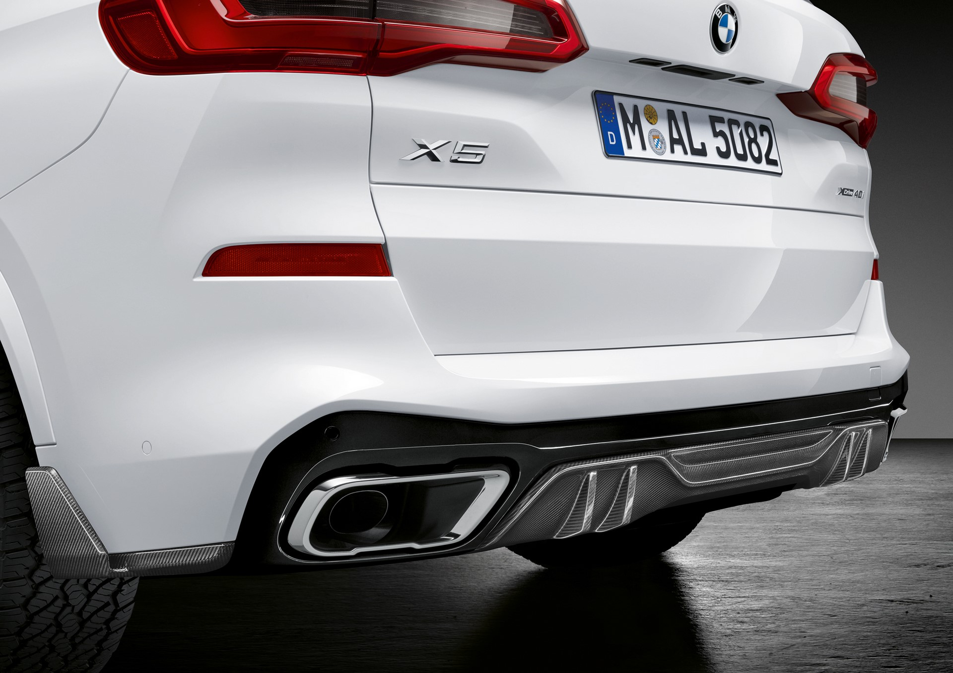 BMW X5 with M Performance parts (4)