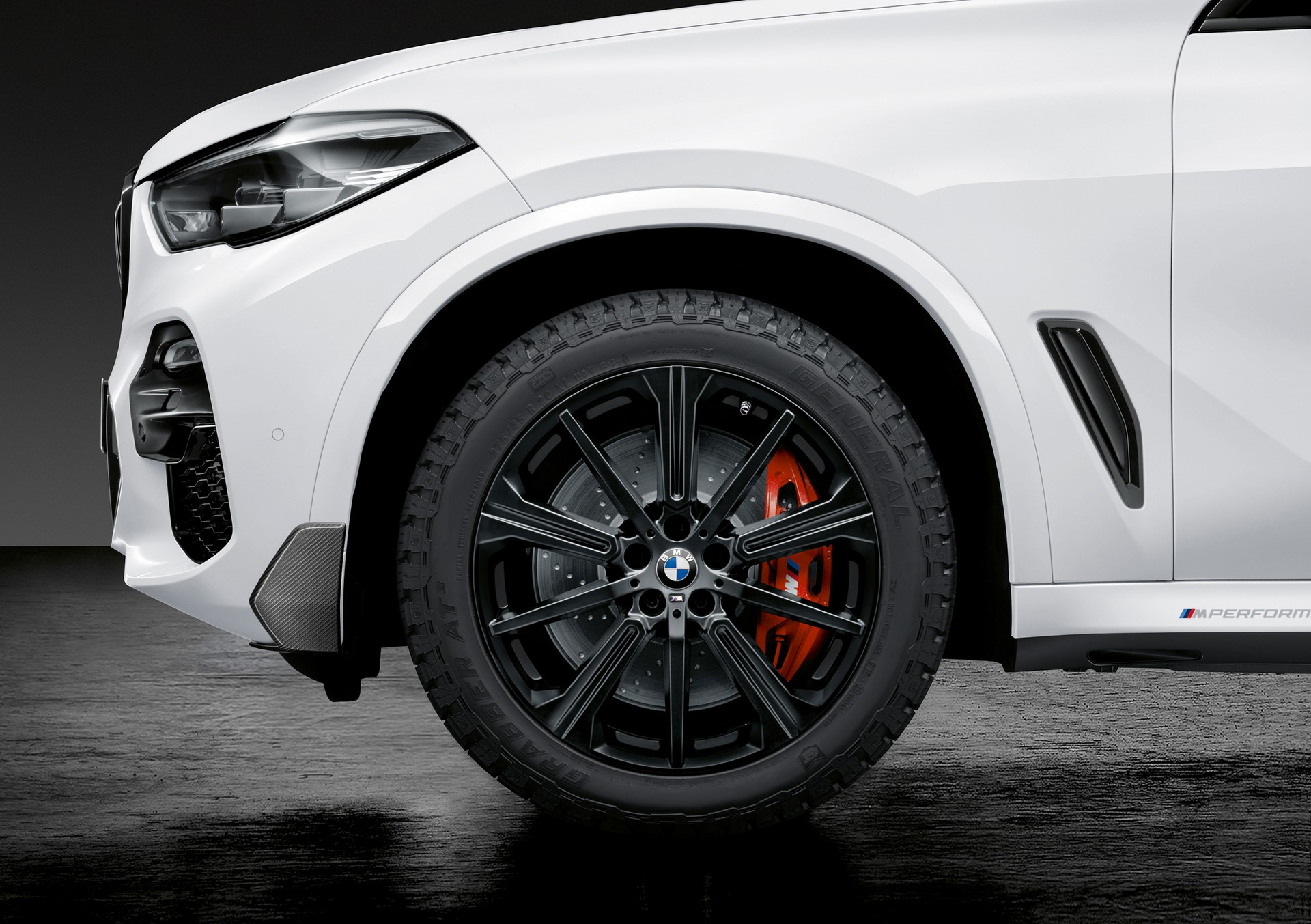 BMW X5 with M Performance parts (8)