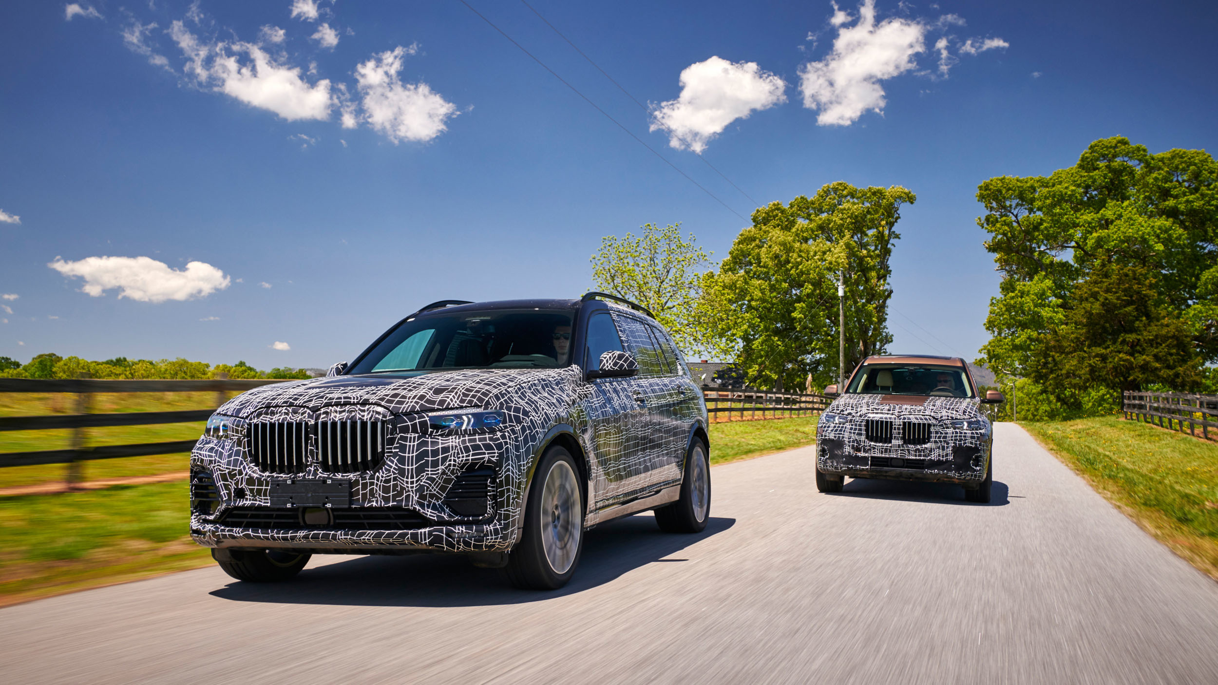 BMW_X7_official_spy_0000