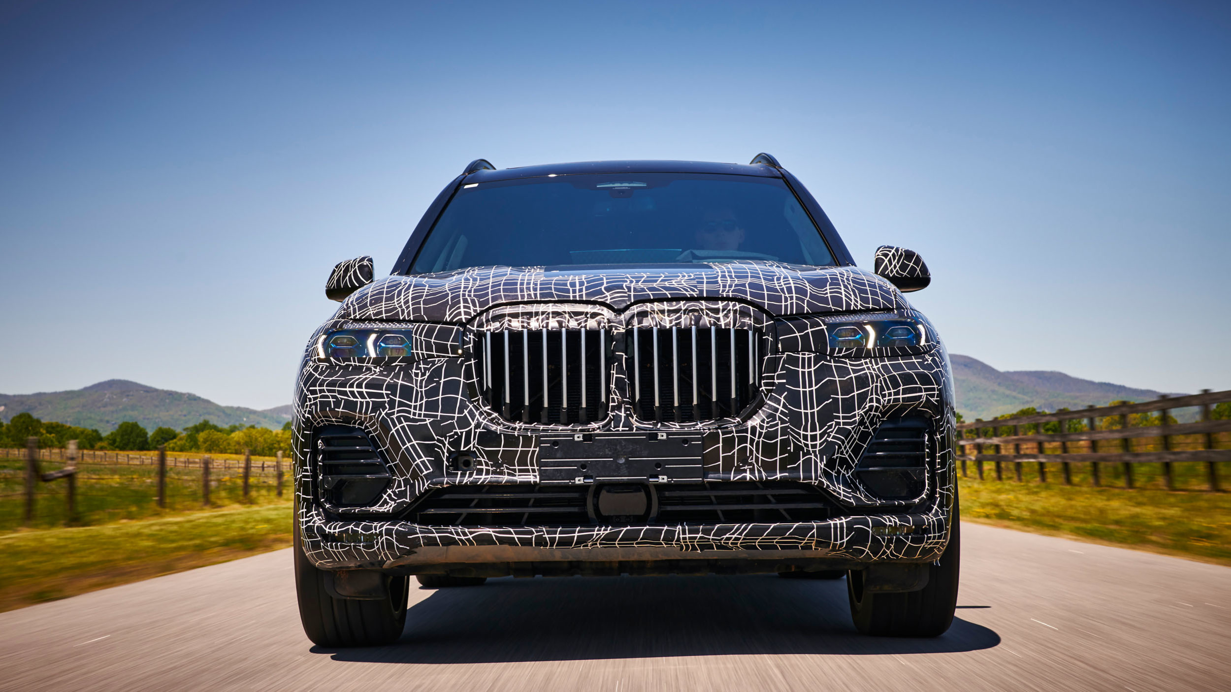 BMW_X7_official_spy_0002