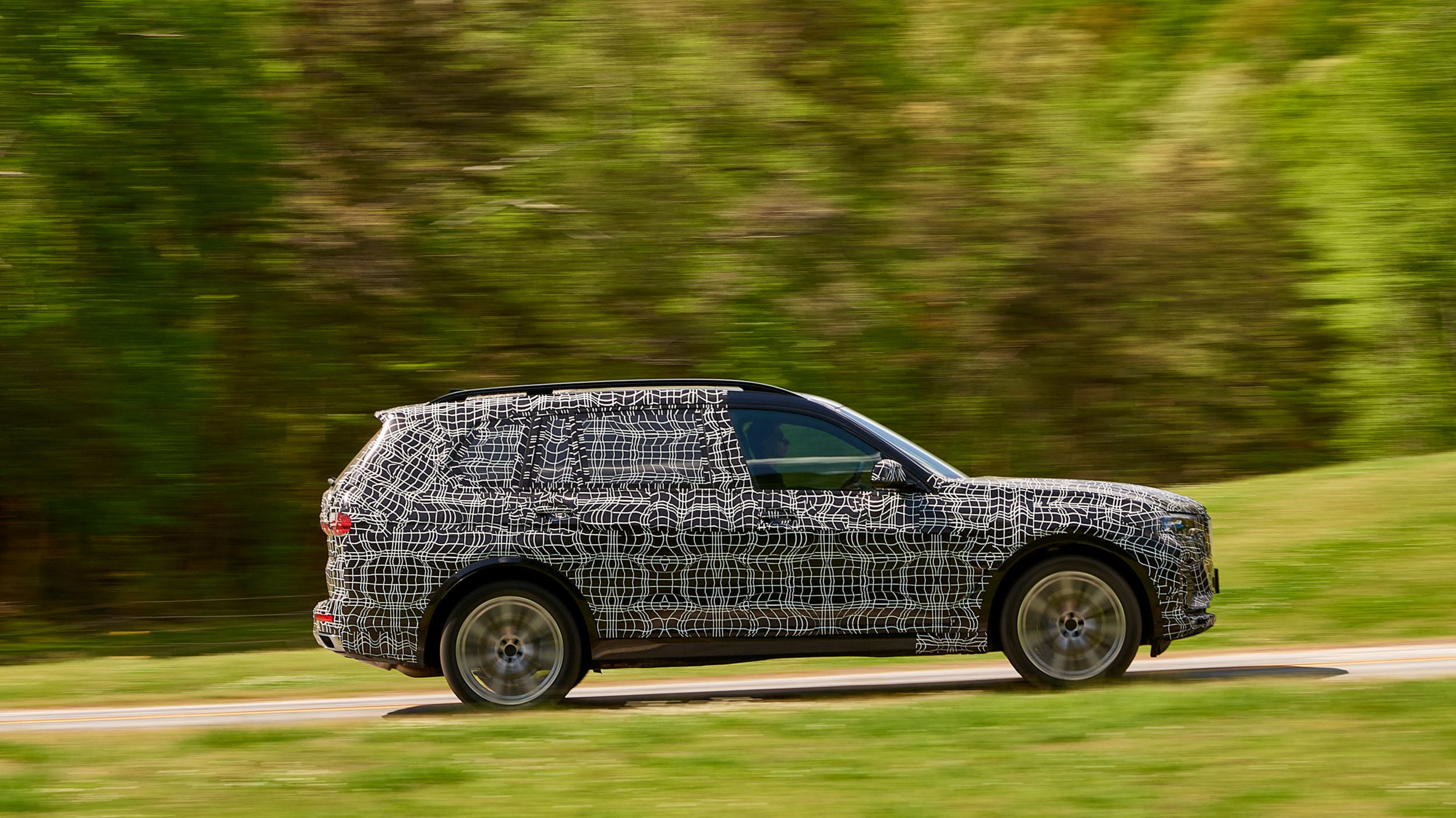 BMW_X7_official_spy_0004