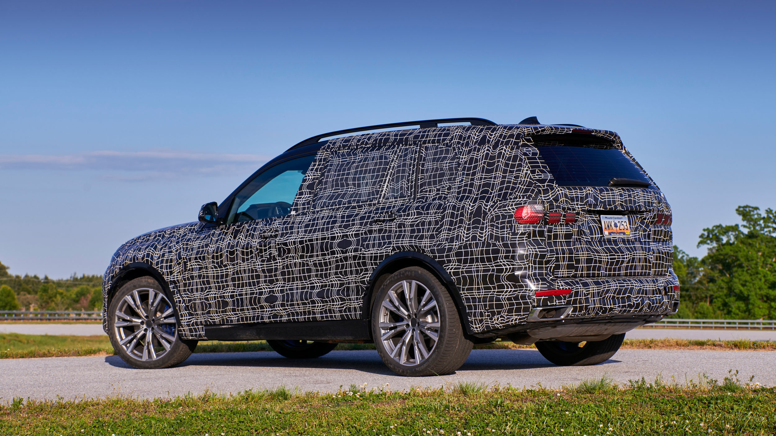 BMW_X7_official_spy_0007