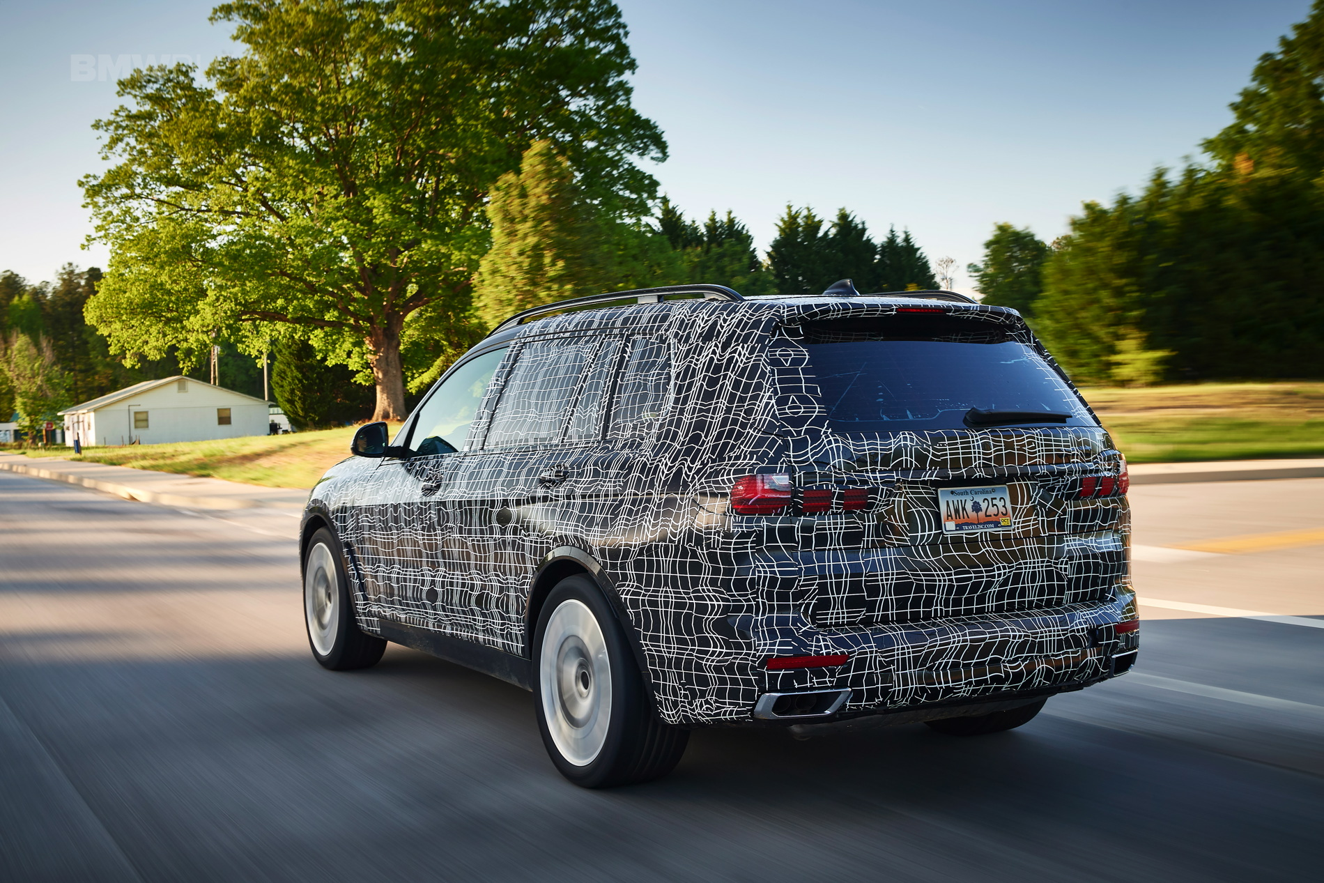 BMW_X7_official_spy_0014