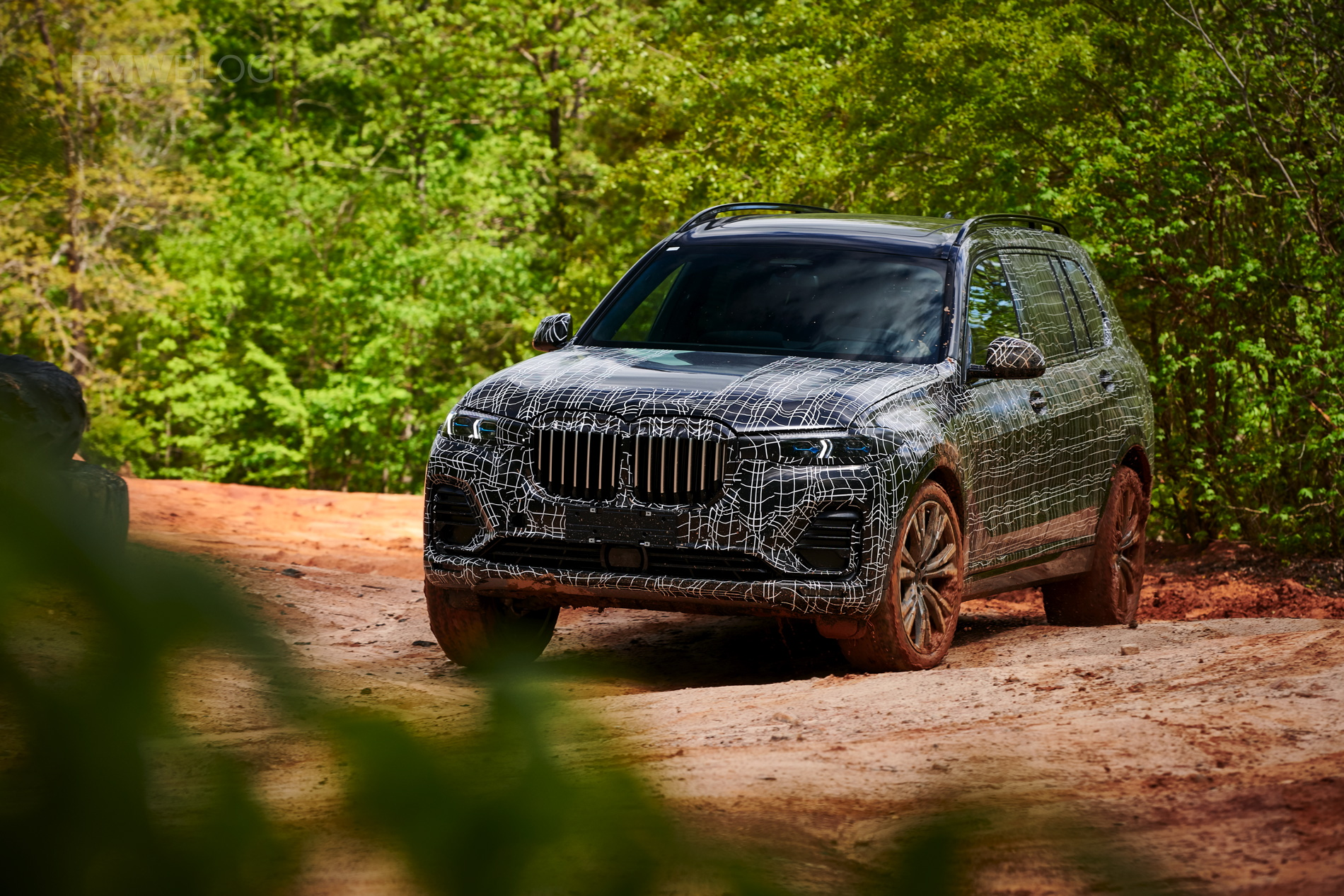 BMW_X7_official_spy_0015