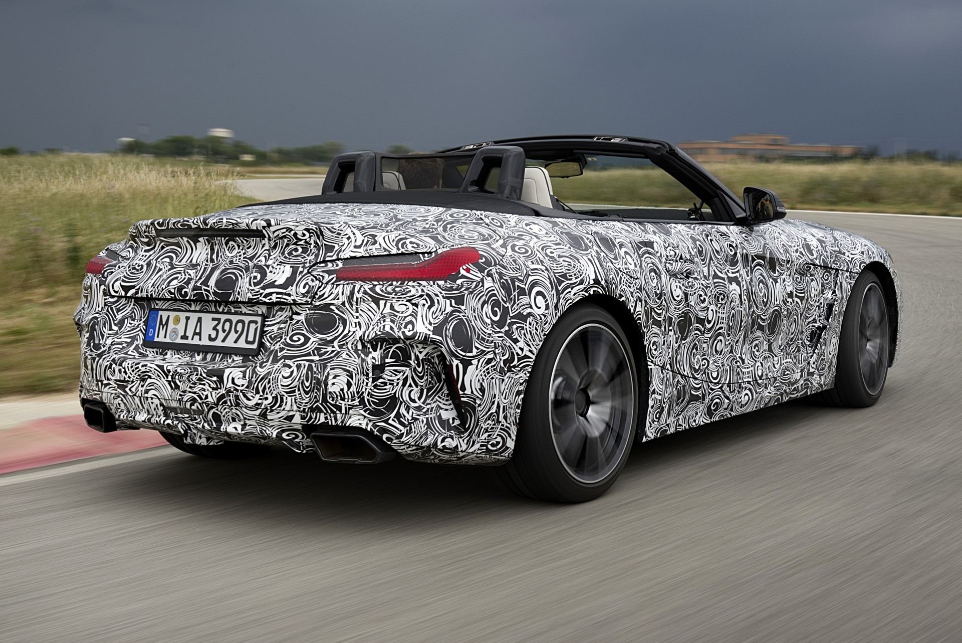BMW Z4 M40i 2019 official spy photos (15)