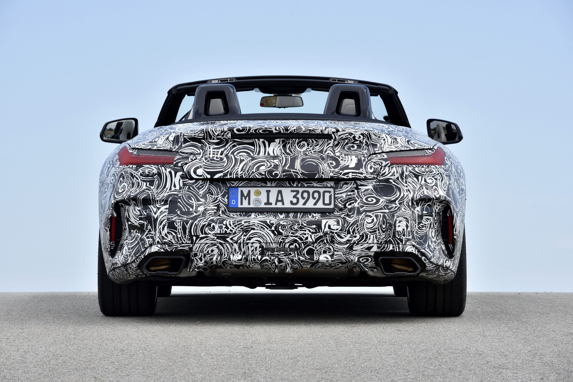 BMW Z4 M40i 2019 official spy photos (31)