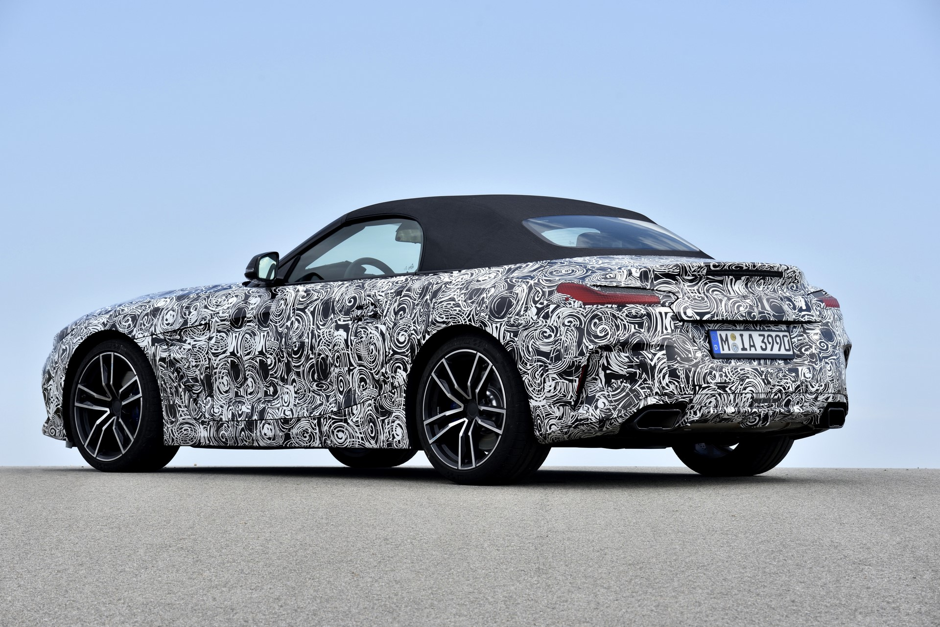 BMW Z4 M40i 2019 official spy photos (33)