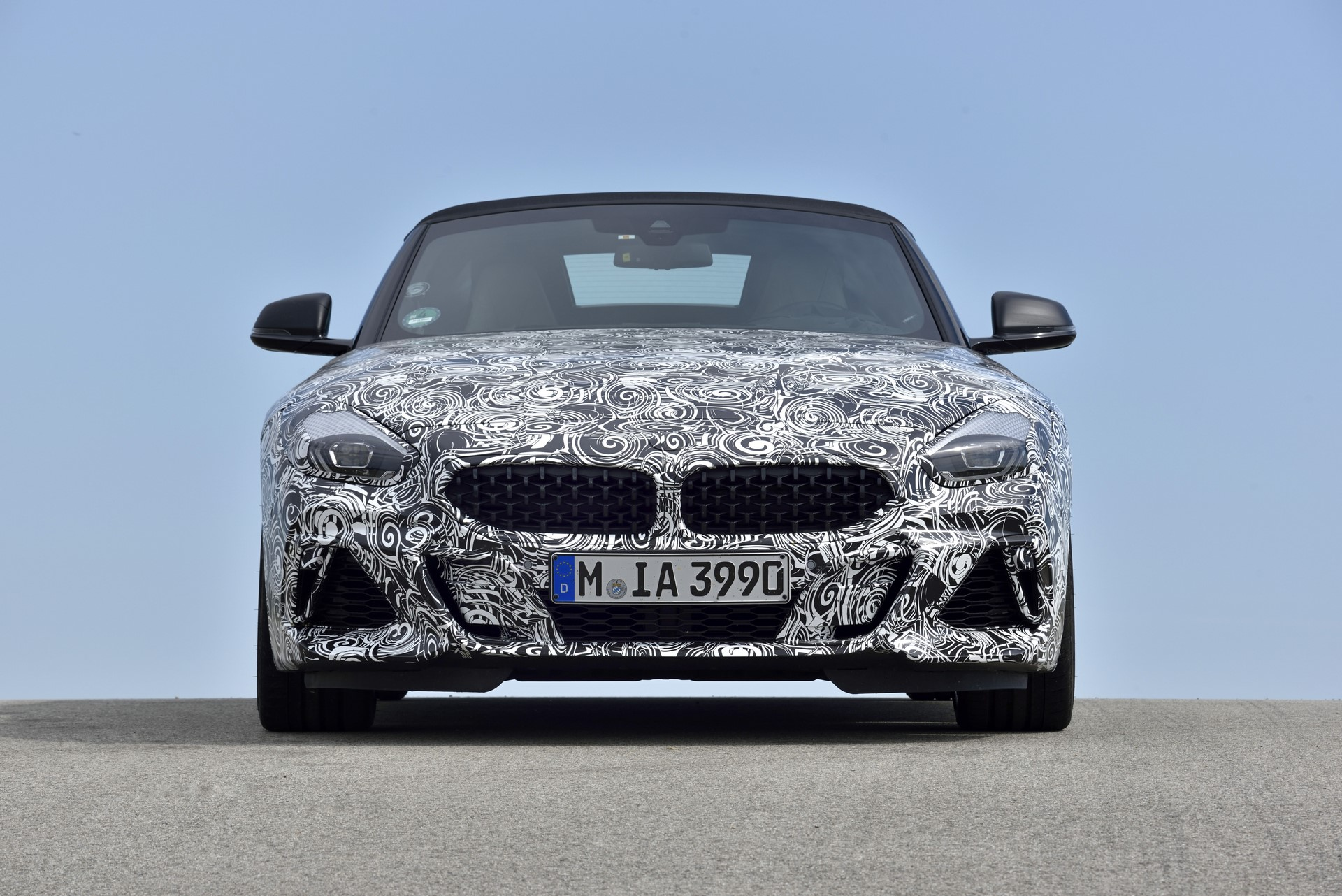 BMW Z4 M40i 2019 official spy photos (43)