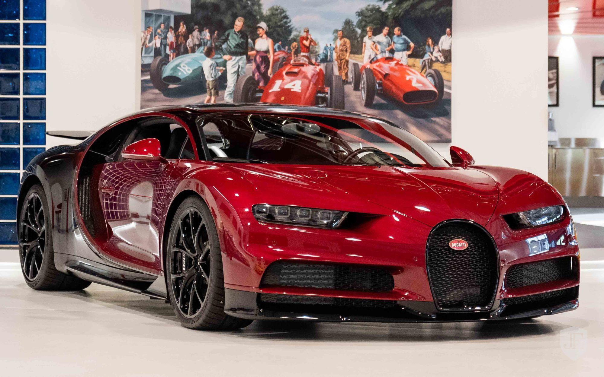 Bugatti_Chiron_for_sale_0000