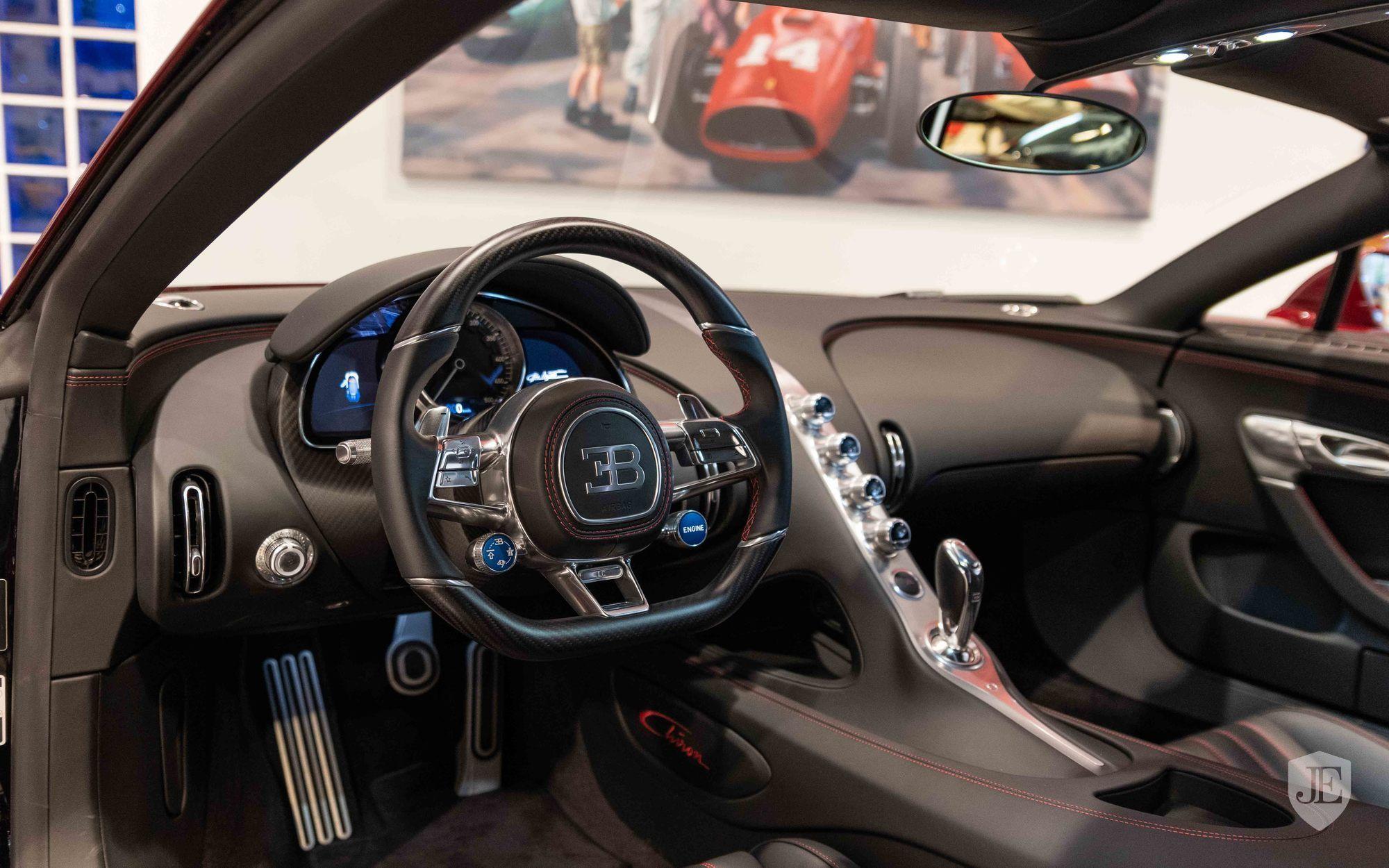 Bugatti_Chiron_for_sale_0015