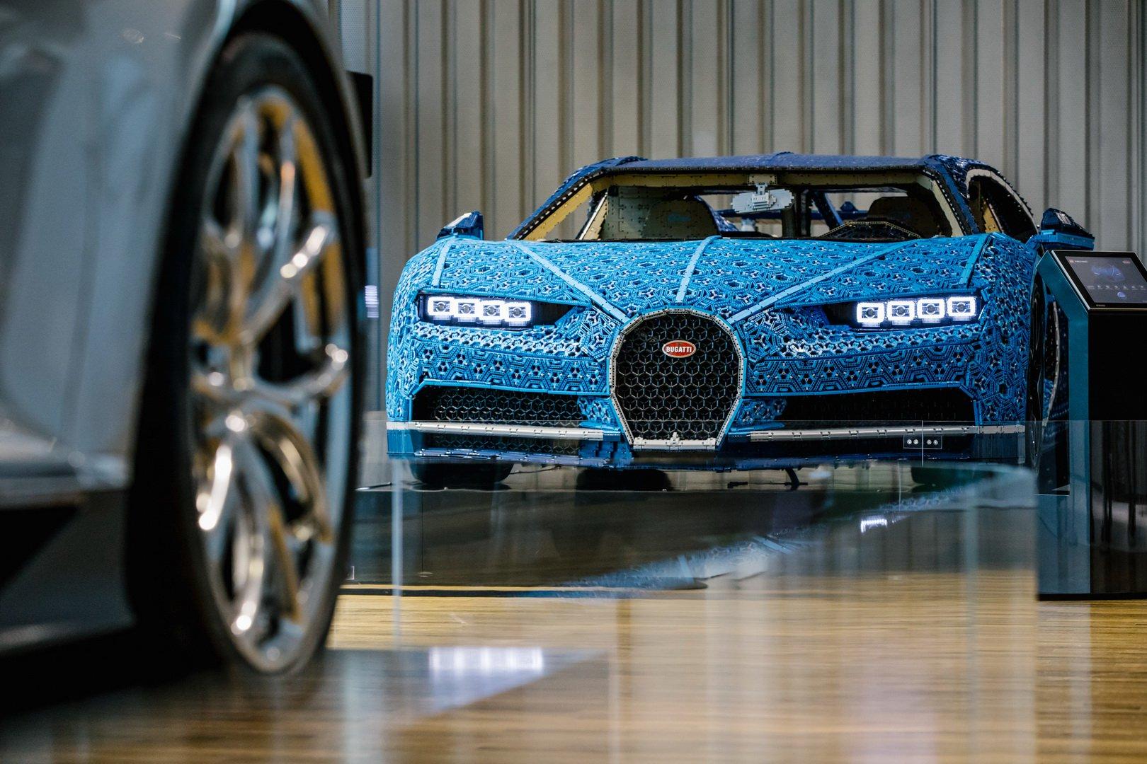 Bugatti Chiron Lego at VW Zeithaus Museum (1)