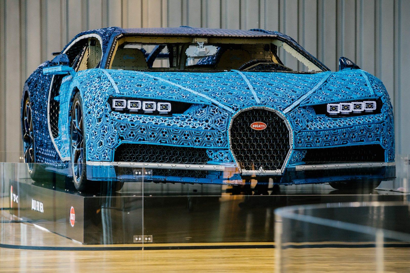 Bugatti Chiron Lego at VW Zeithaus Museum (6)