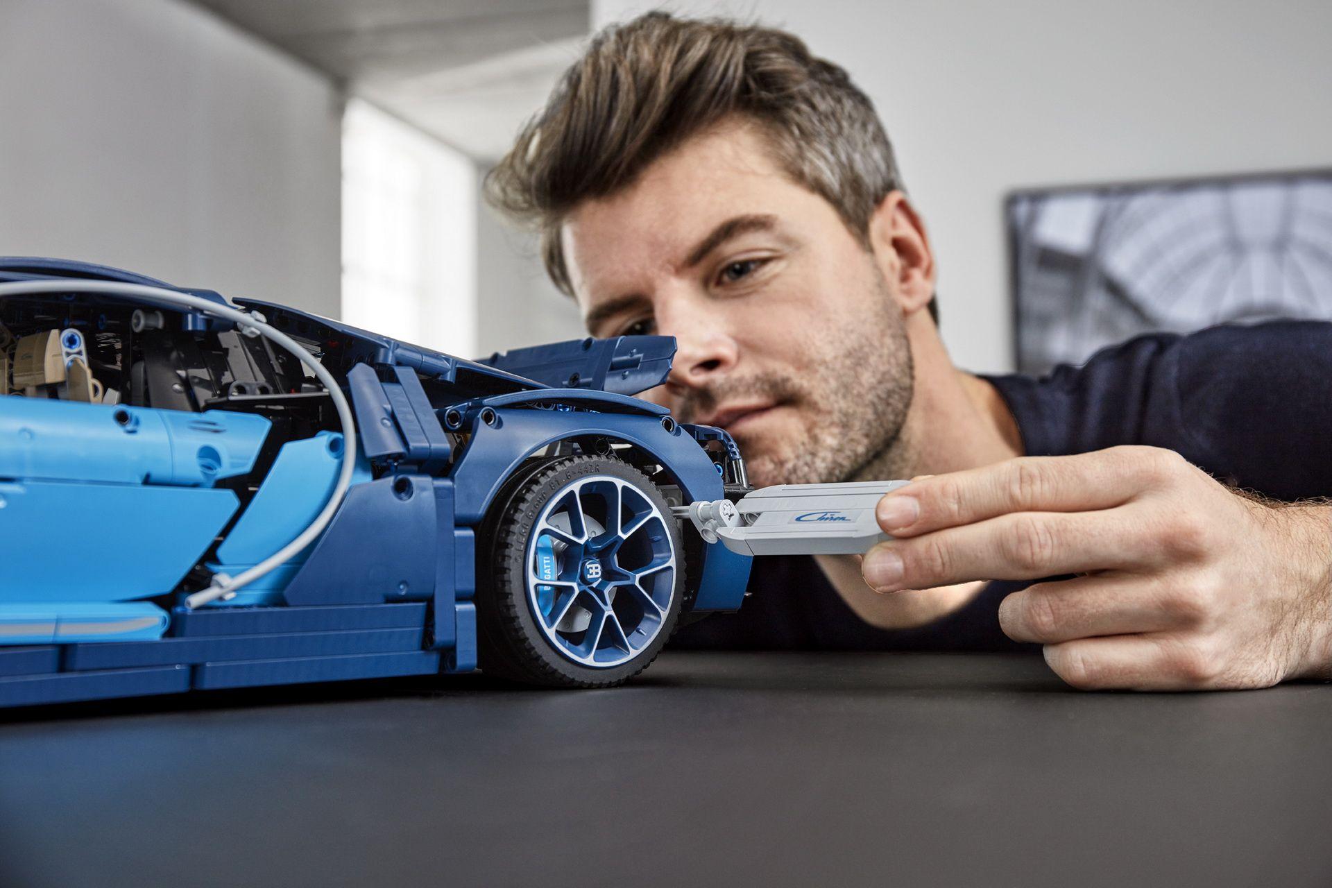 bugatti-chiron-lego-technic-12