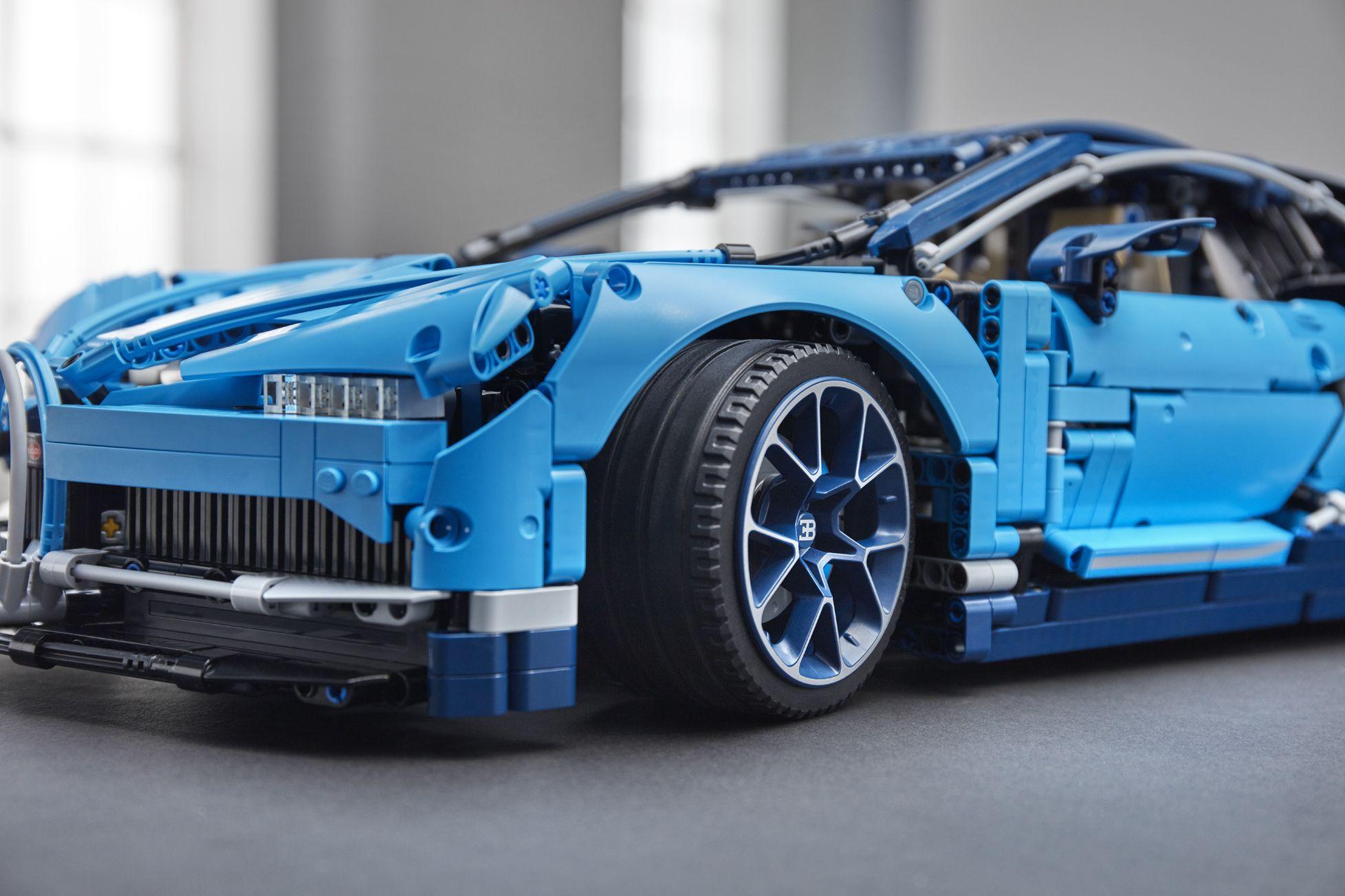 bugatti-chiron-lego-technic-30