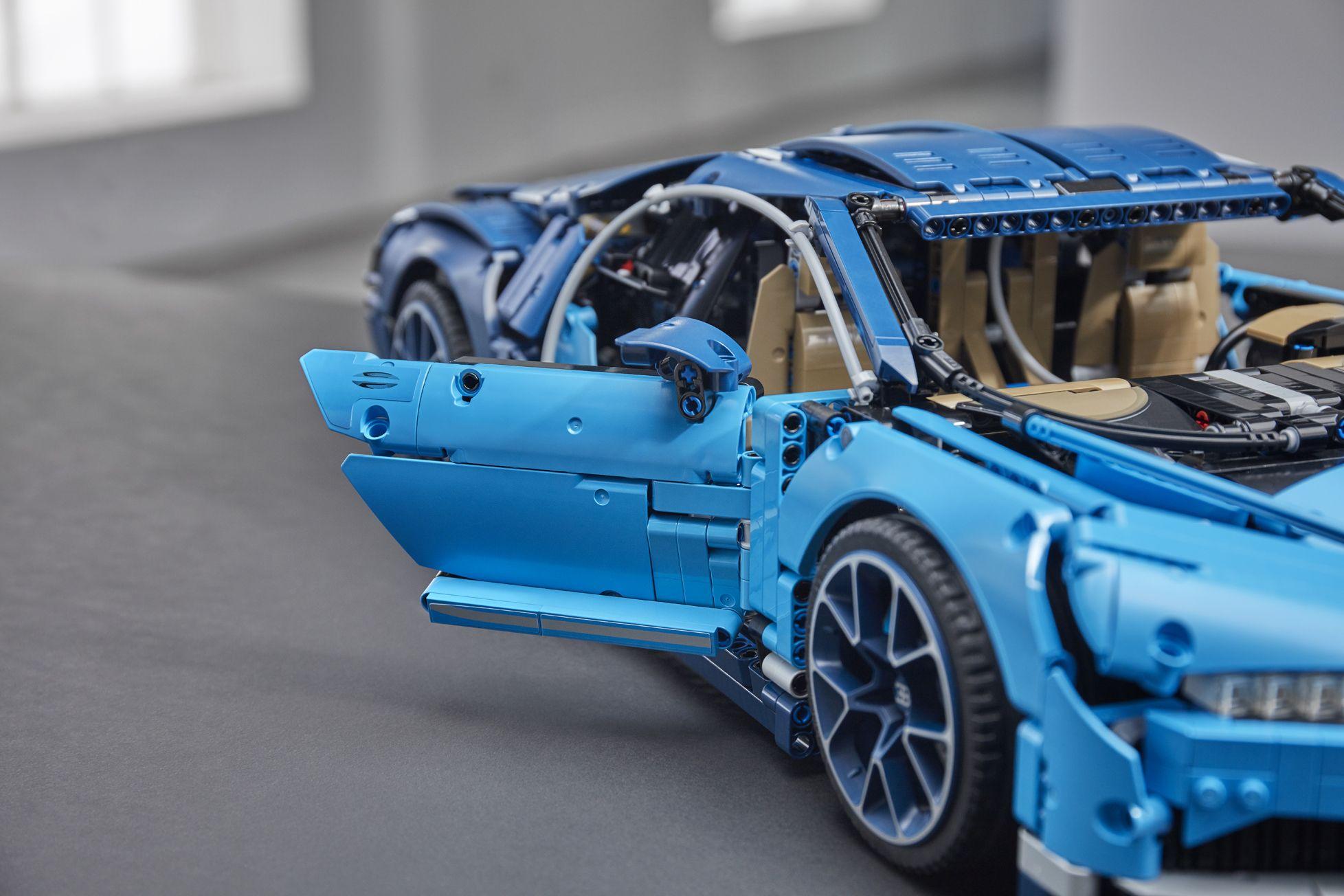 bugatti-chiron-lego-technic-31