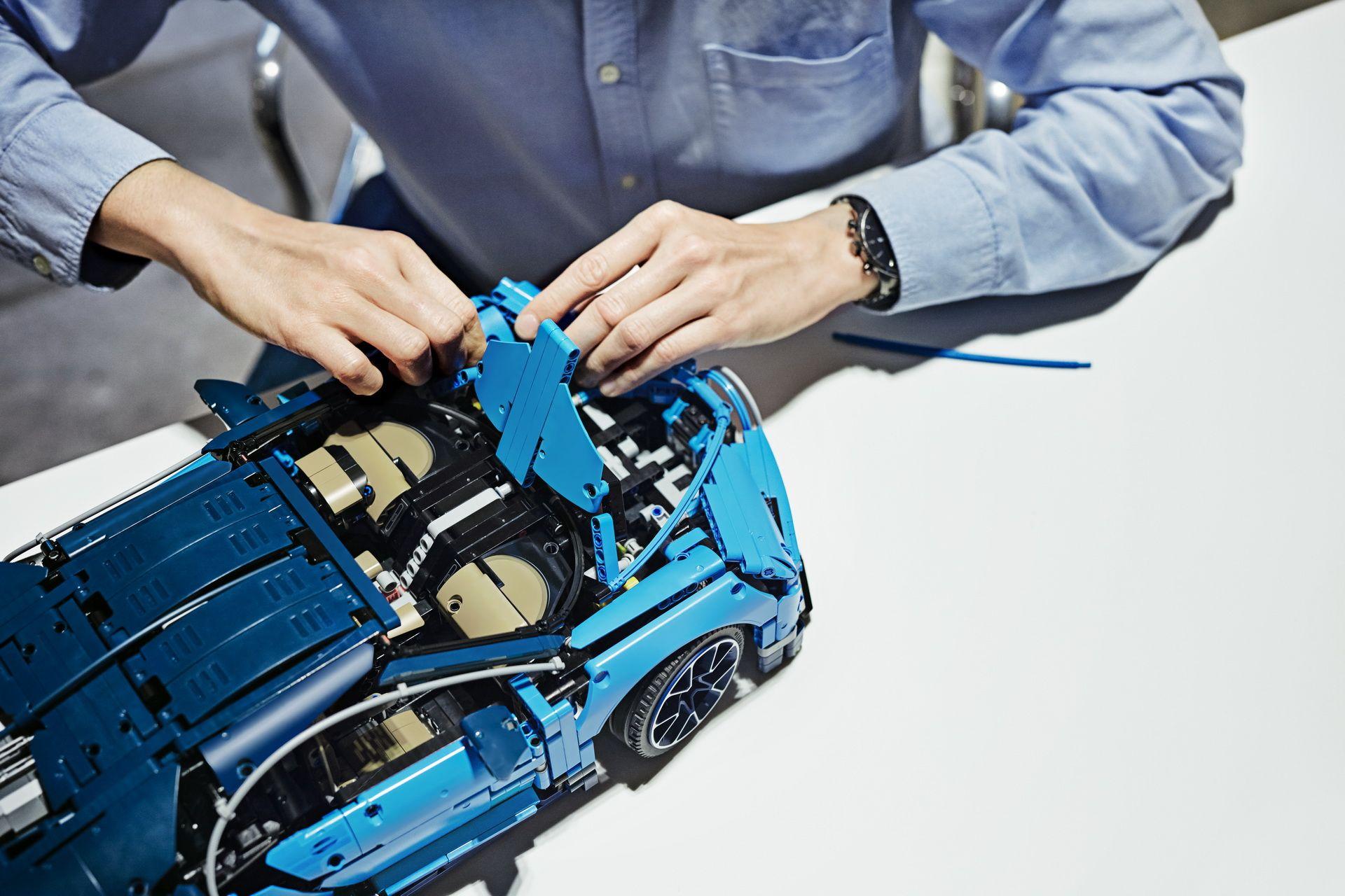 bugatti-chiron-lego-technic-61