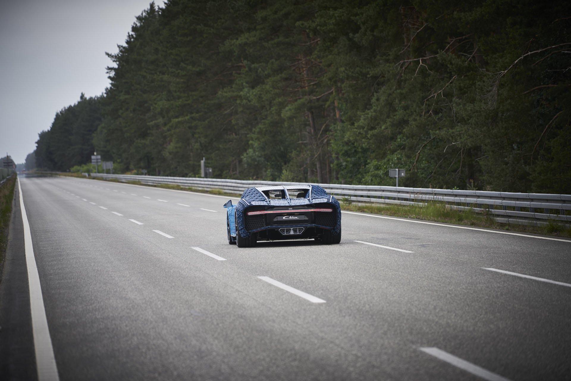 Bugatti Chiron Life-Size Lego Technic (23)