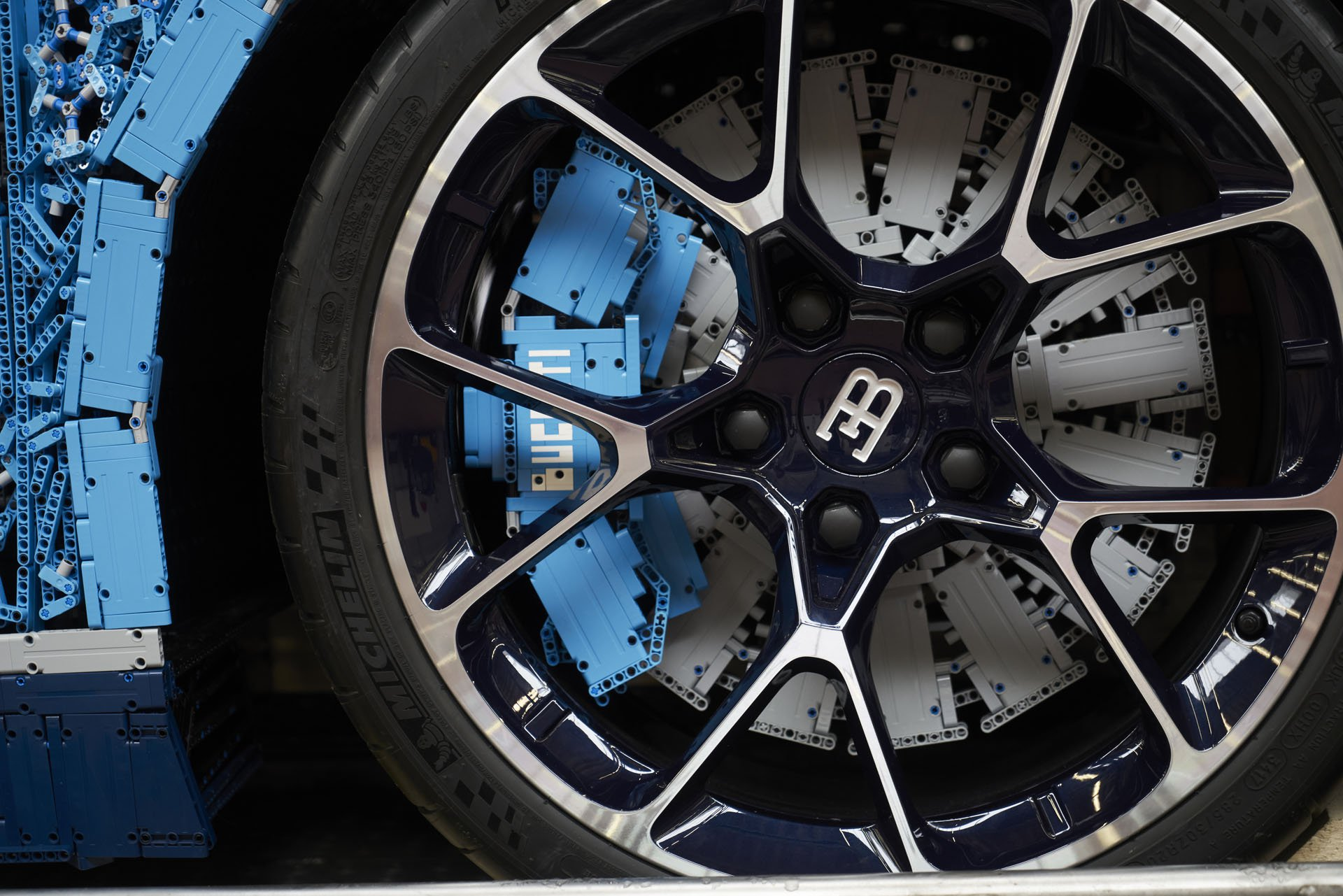 Bugatti Chiron Life-Size Lego Technic (27)