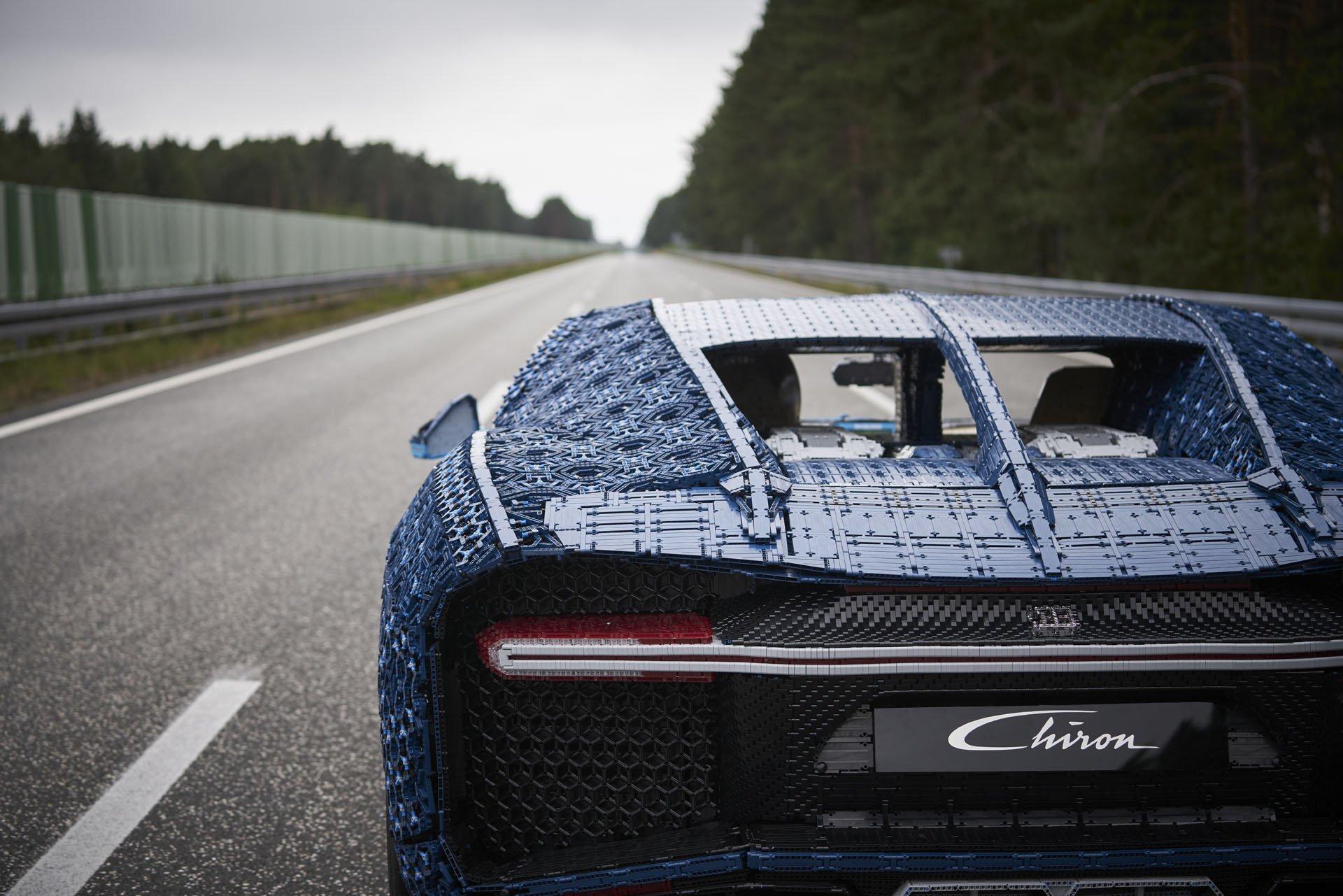Bugatti Chiron Life-Size Lego Technic (29)