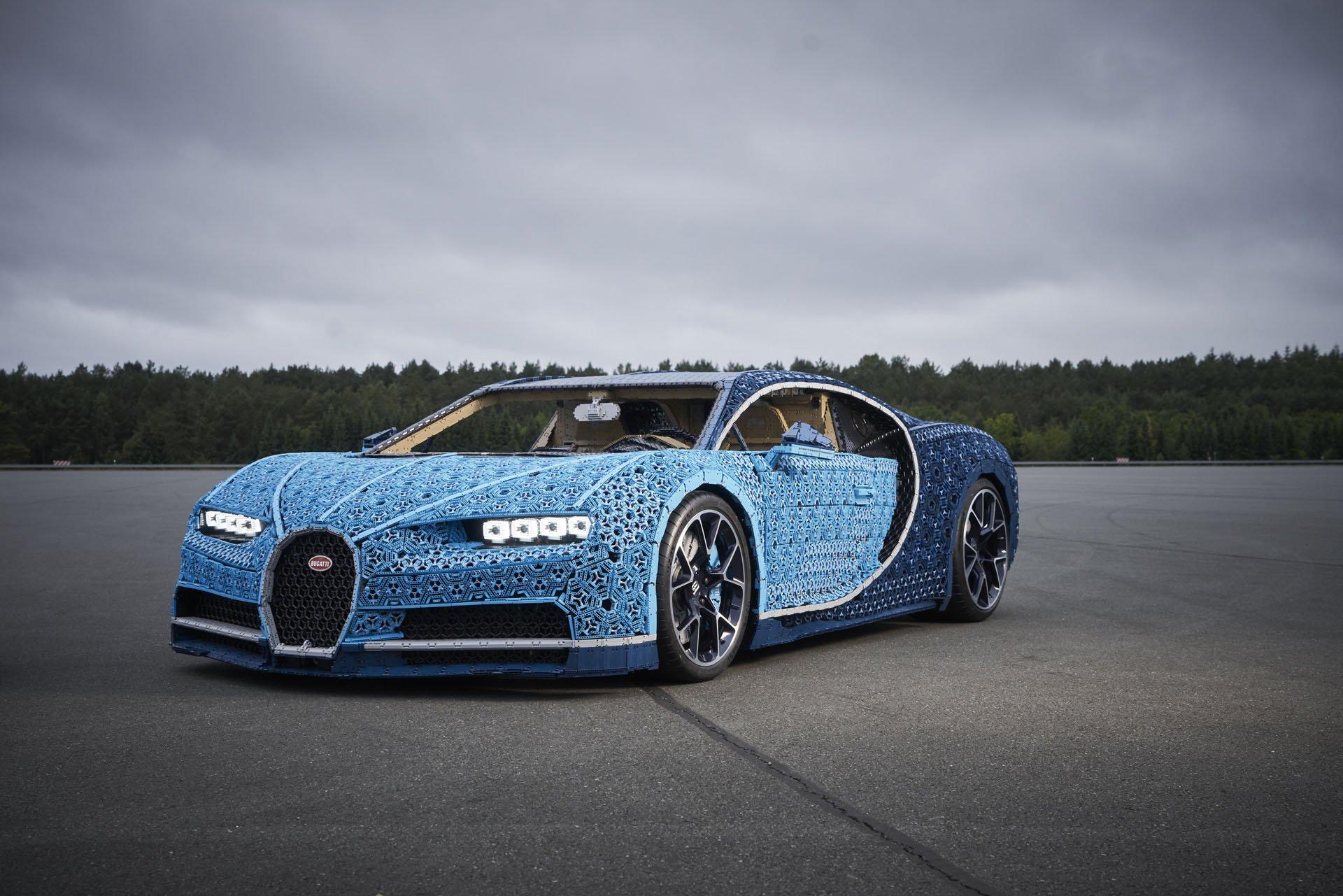 Bugatti Chiron Life-Size Lego Technic (4)