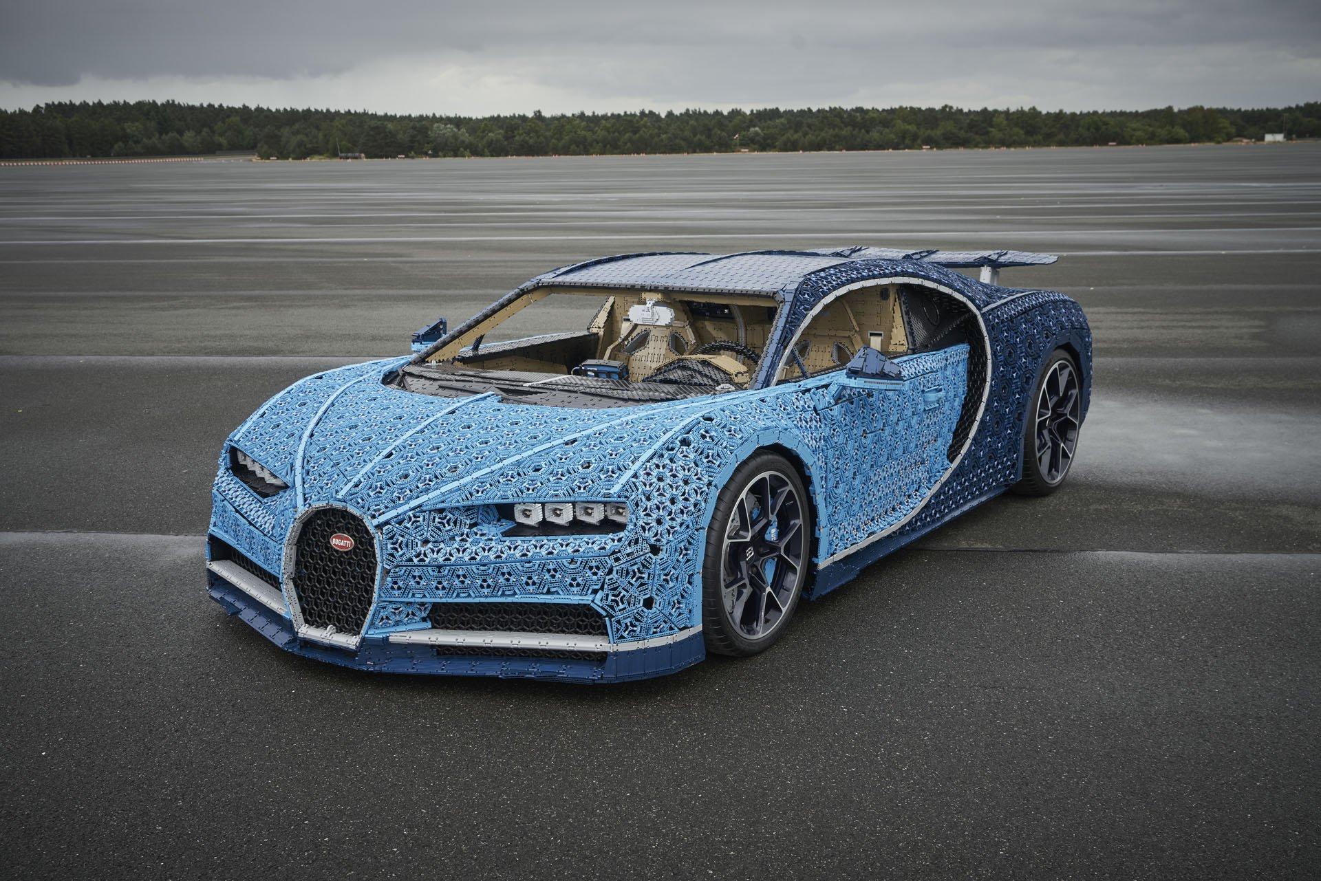 Bugatti Chiron Life-Size Lego Technic (7)