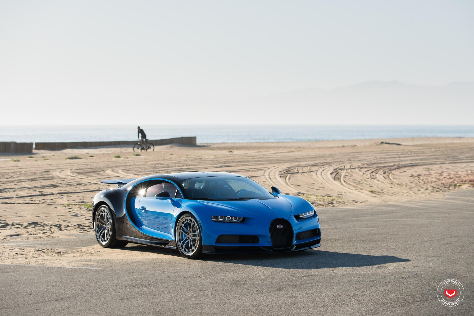 Bugatti Chiron with Vossen wheels (10)