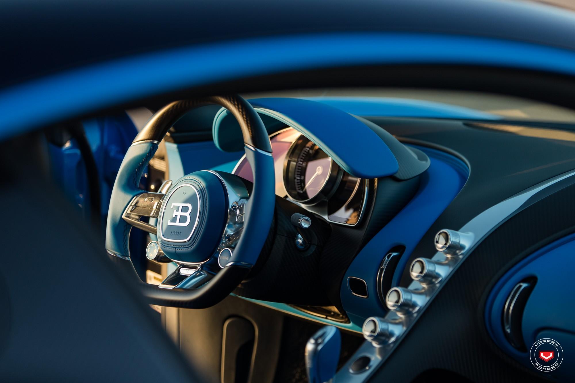 Bugatti Chiron with Vossen wheels (12)