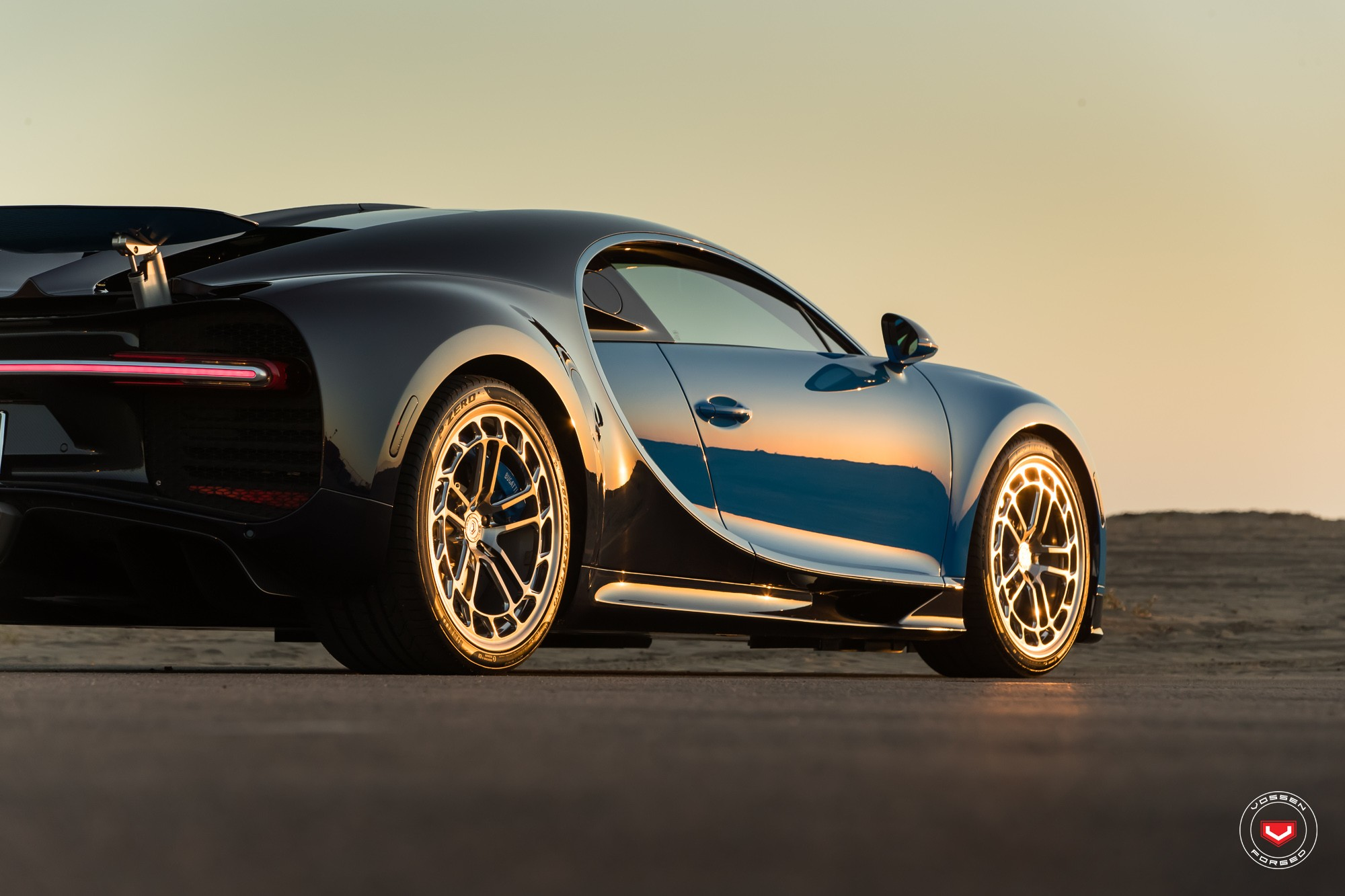 Bugatti Chiron with Vossen wheels (13)