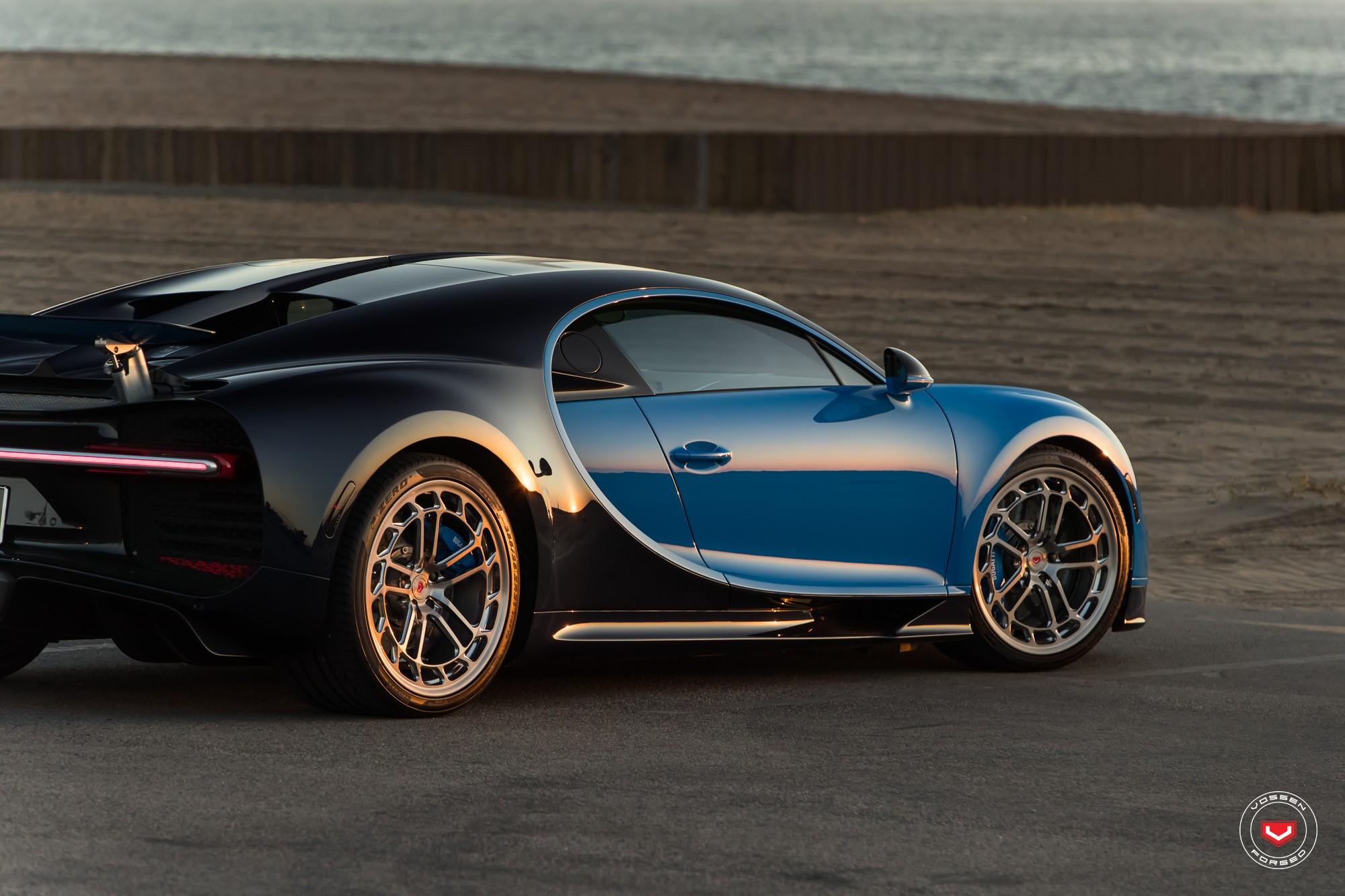 Bugatti Chiron with Vossen wheels (14)