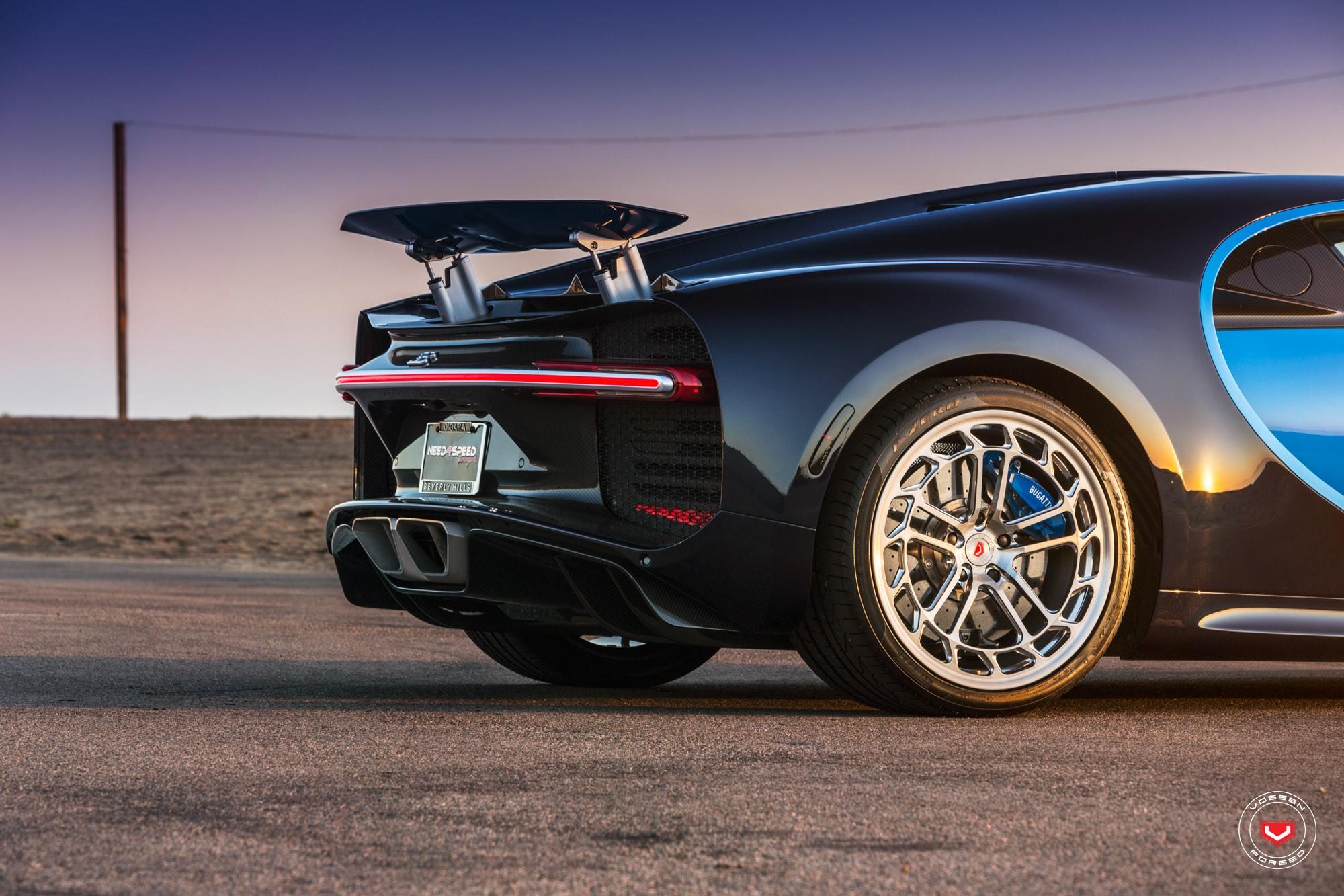 Bugatti Chiron with Vossen wheels (5)