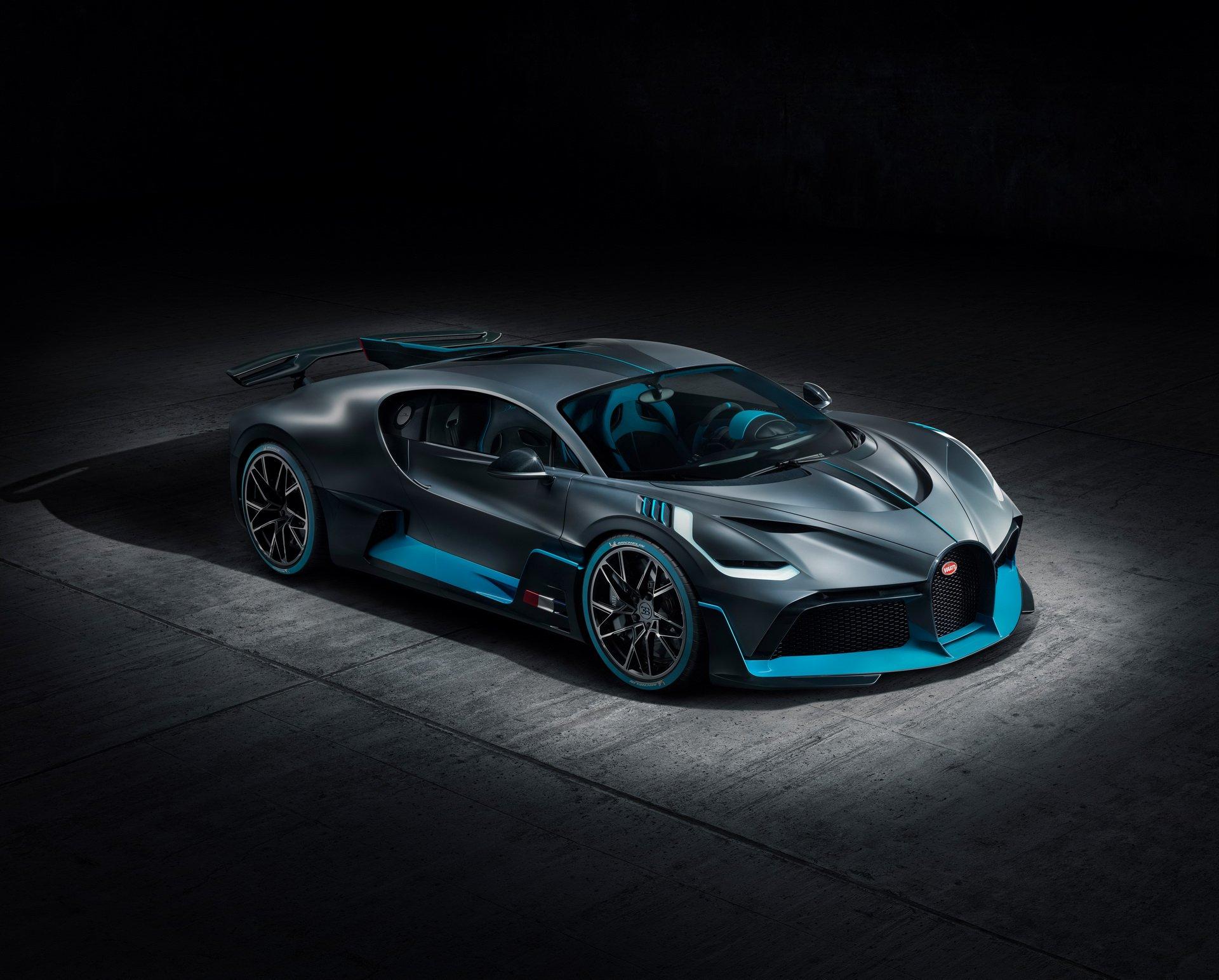 Bugatti Divo (1)