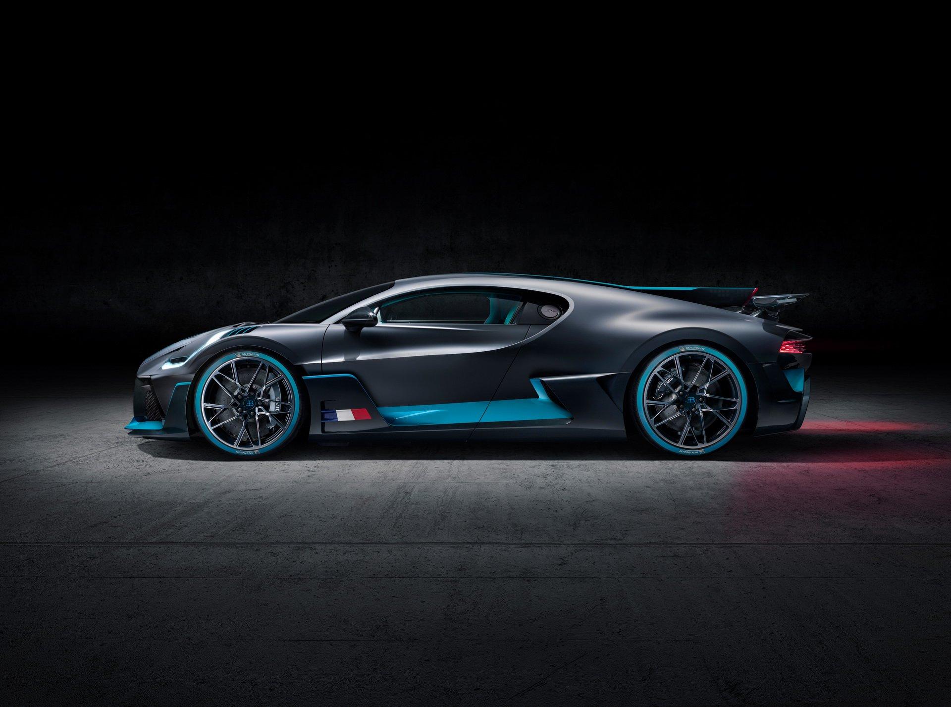 Bugatti Divo (13)
