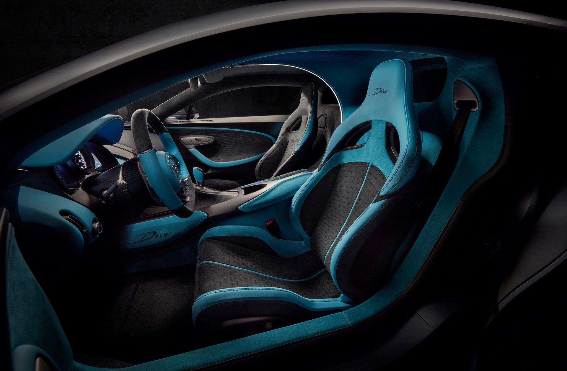 Bugatti Divo (24)