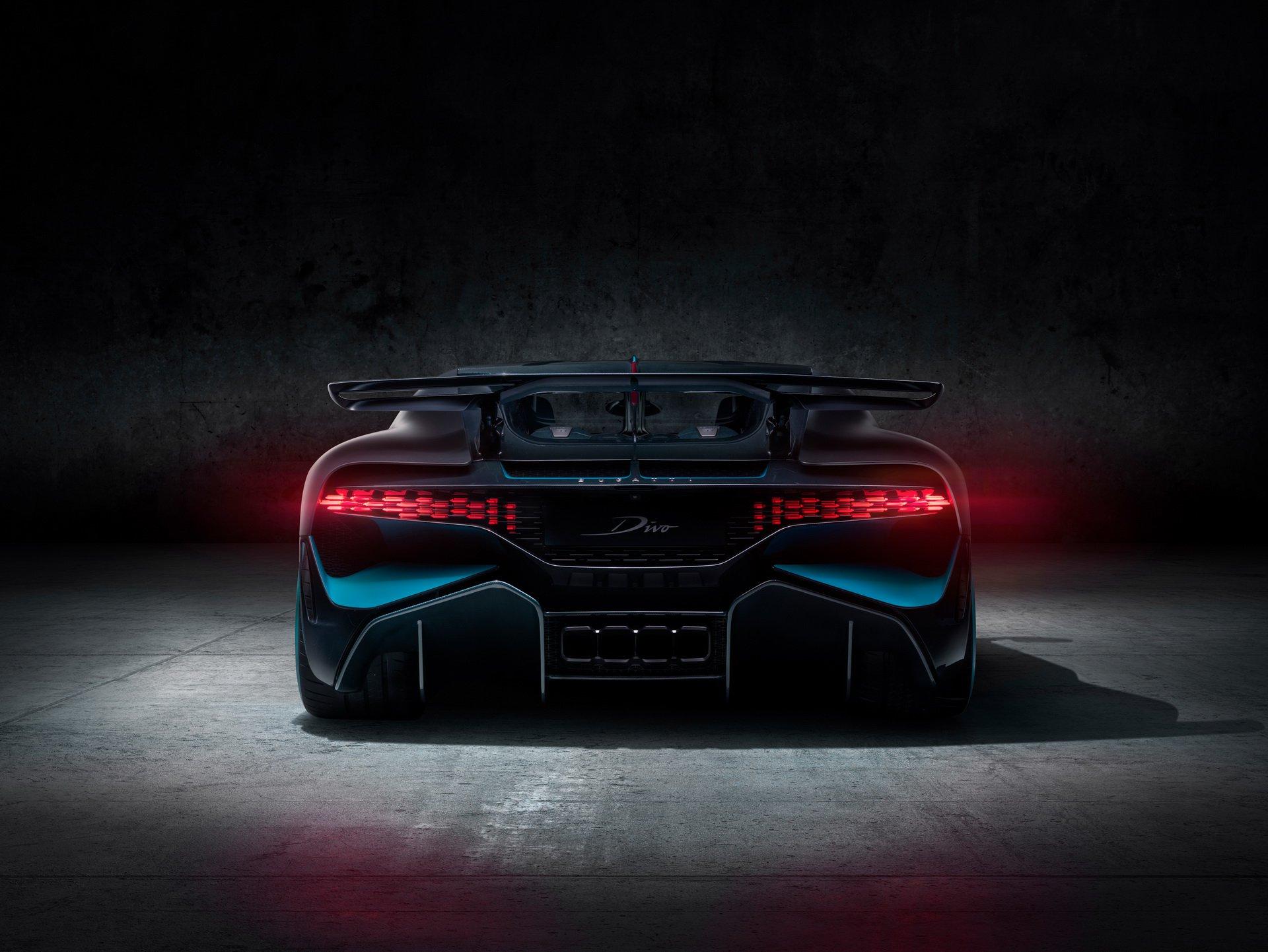 Bugatti Divo (7)