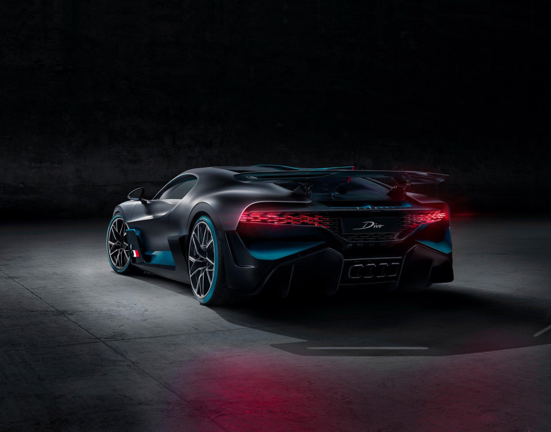 Bugatti Divo (9)