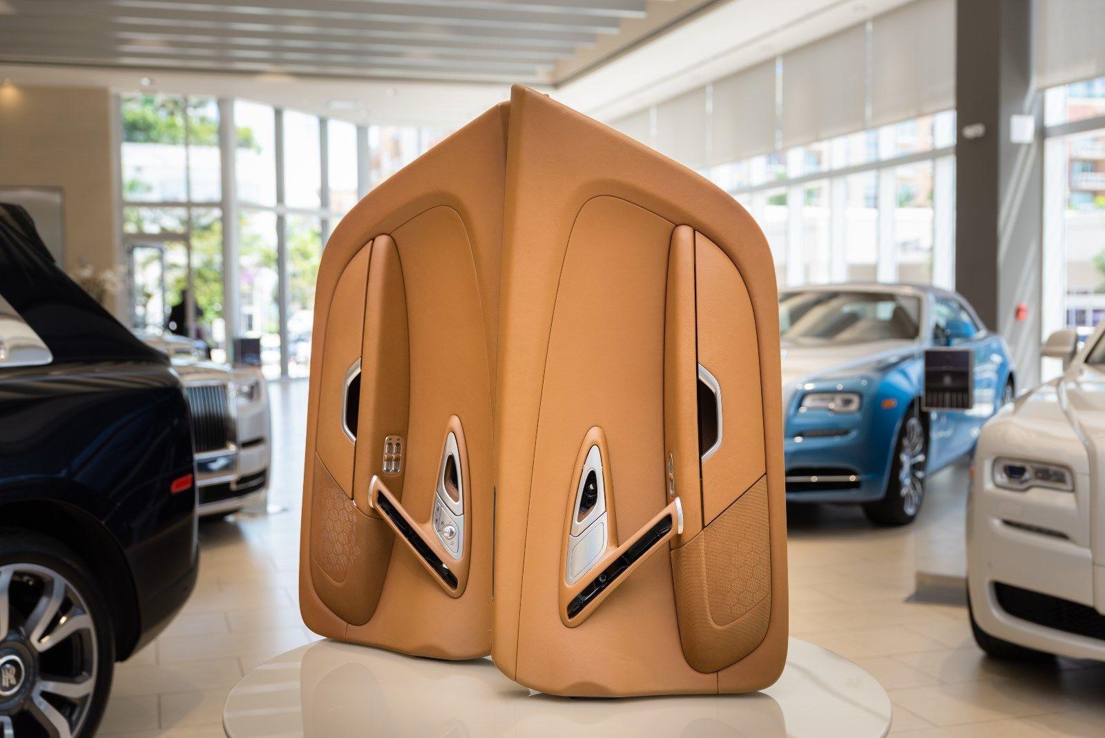 Bugatti Veyron 2008 interior (4)