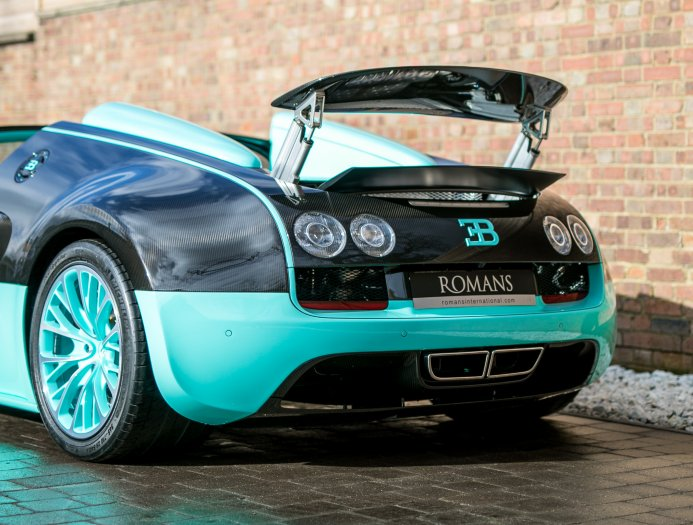 Bugatti_Veyron_Grand_Sport_Vitesse_Tiffany_Green_0006