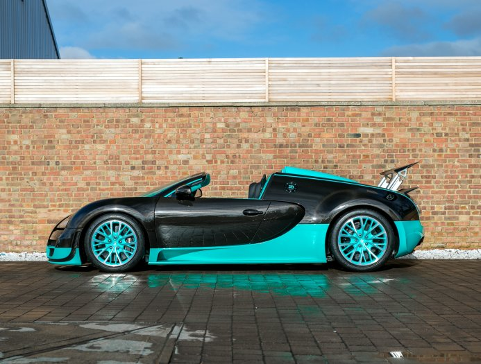 Bugatti_Veyron_Grand_Sport_Vitesse_Tiffany_Green_0011