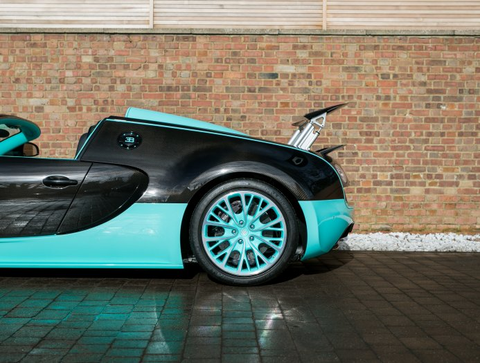 Bugatti_Veyron_Grand_Sport_Vitesse_Tiffany_Green_0017