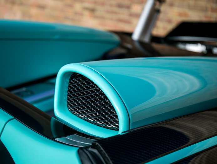 Bugatti_Veyron_Grand_Sport_Vitesse_Tiffany_Green_0024