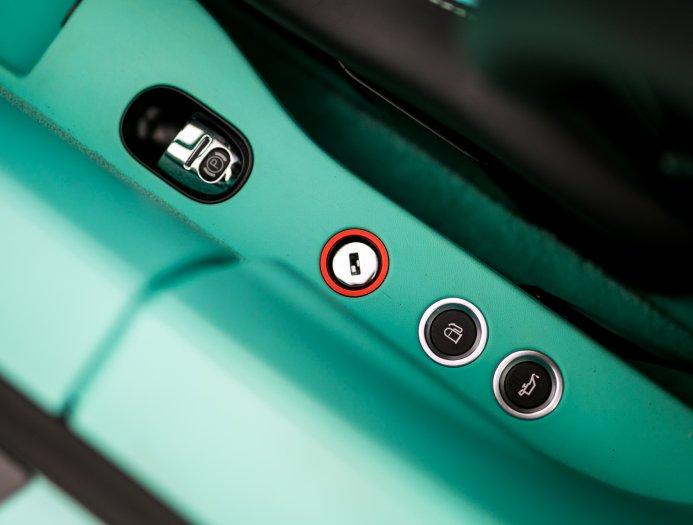 Bugatti_Veyron_Grand_Sport_Vitesse_Tiffany_Green_0029